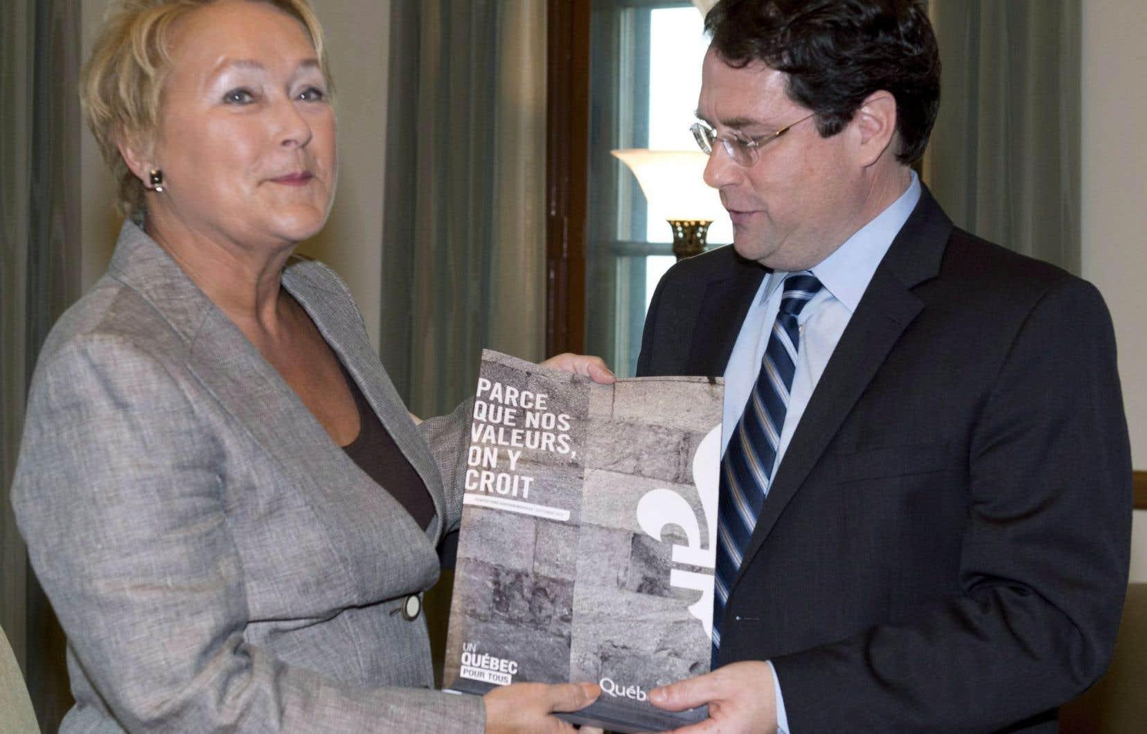 L'épisode de la charte des valeurs, portée par Pauline Marois et Bernard Drainville, a contribué à la perte de confiance envers le PQ, estime l'auteur.