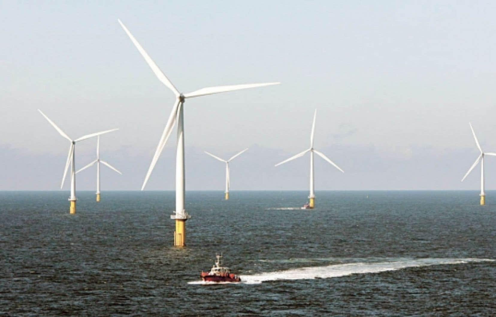 Peu ou pas d'opposition, au Danemark, aux parcs d'éoliennes érigés en pleine mer. Les Danois y voient plutôt la signature tangible de leurs convictions énergétiques dans le paysage.