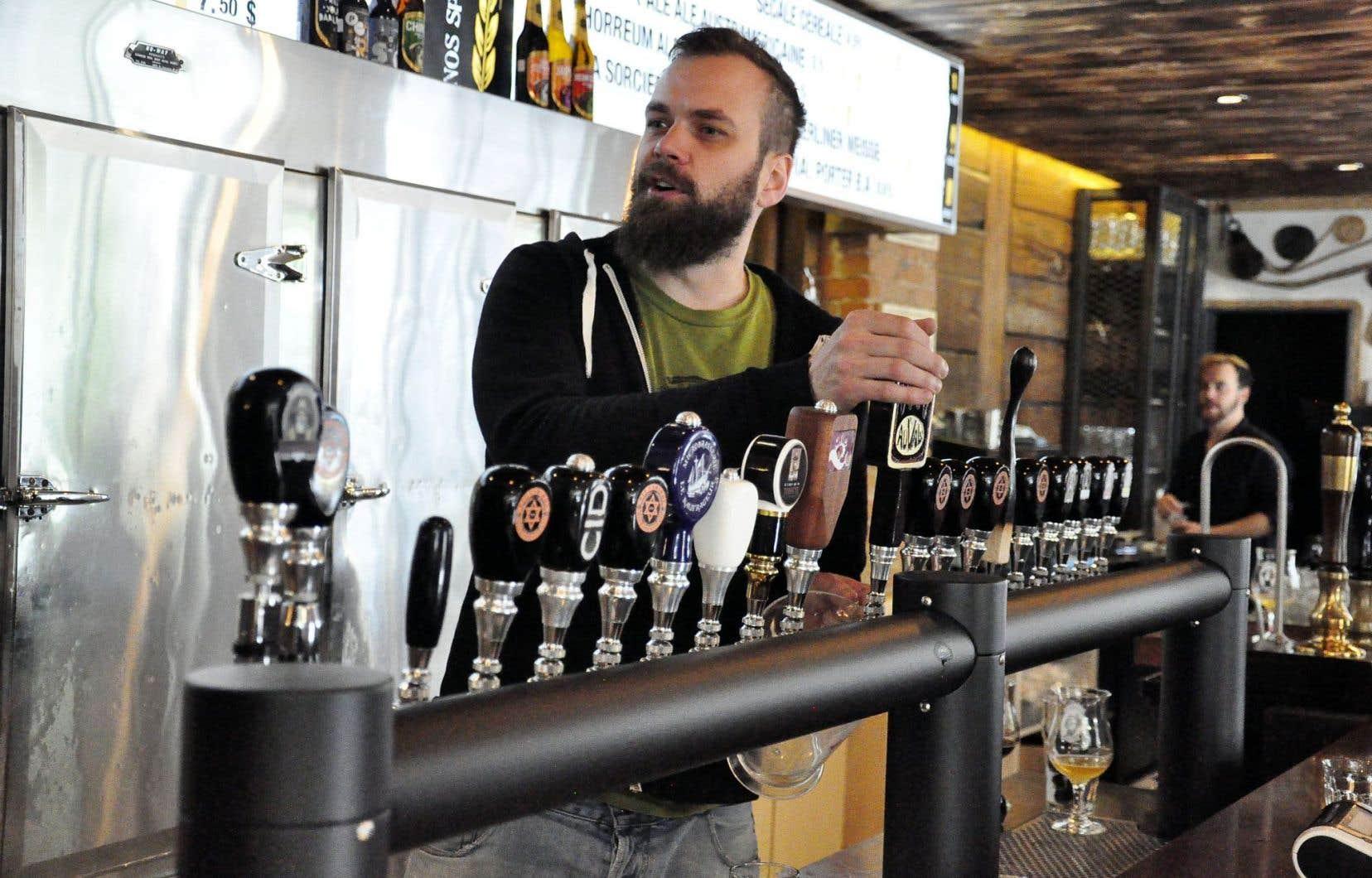 Thibault Cordonnier est le gérant du pub Pit Caribou à Montréal, le pendant de celui de Percé, où a été lancé le circuit de tourisme brassicole de l'est duQuébec.