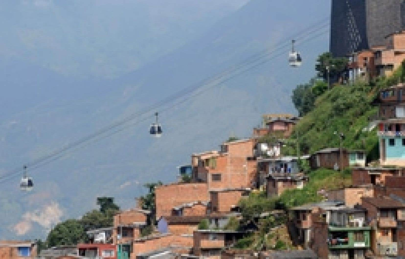 Le tramway aérien de Medellin, en Colombie.