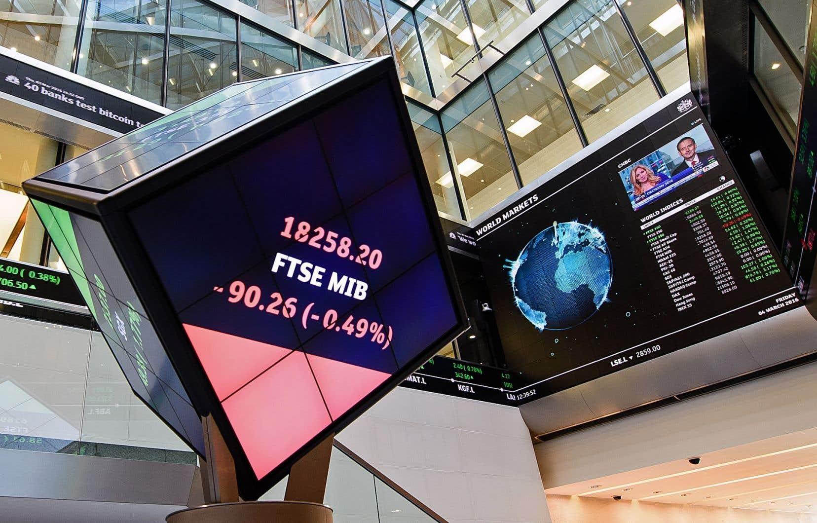 L'atrium central de la Bourse de Londres