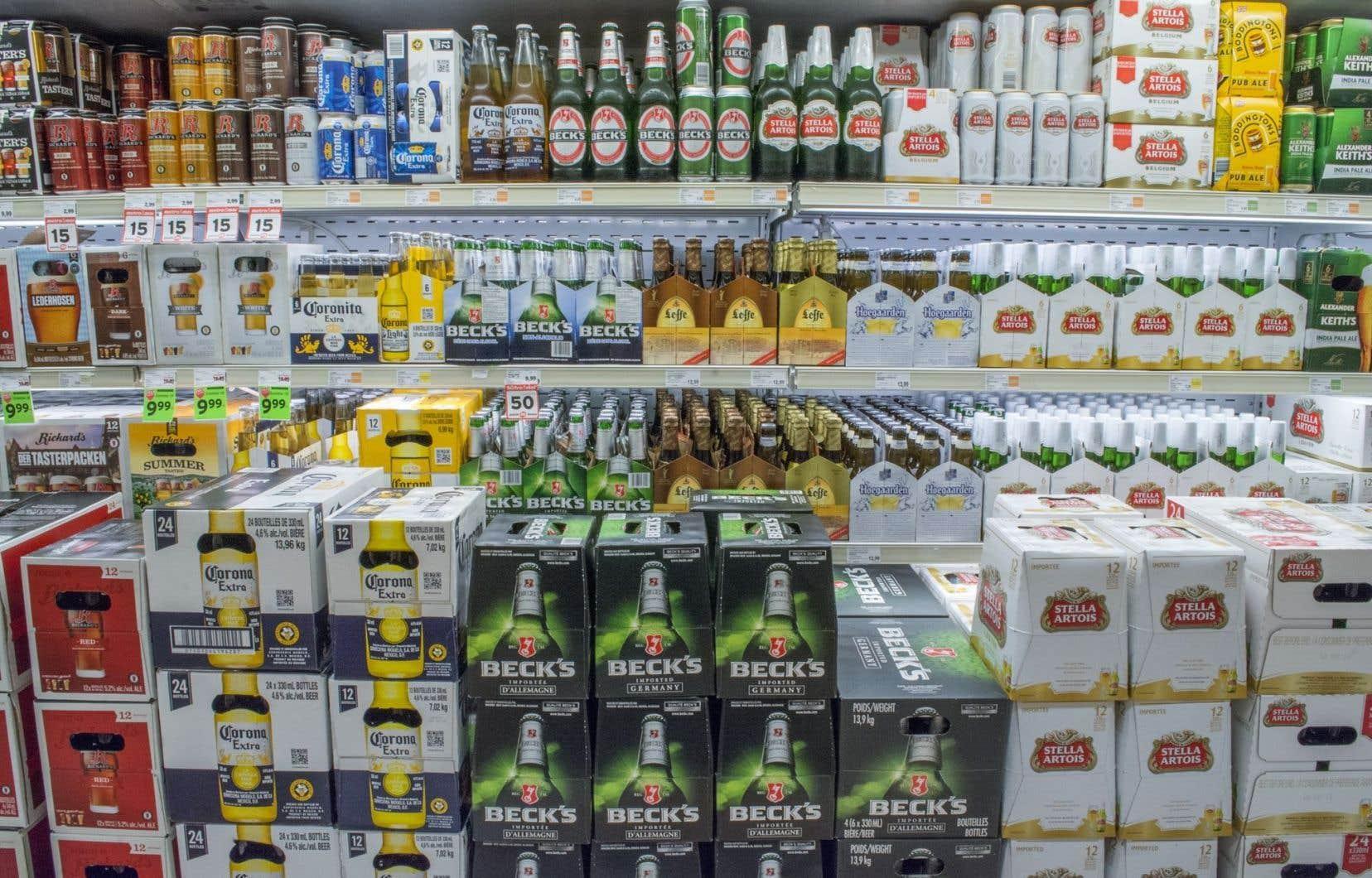 Selon l'étude de l'INSPQ, le prix de l'alcool a augmenté de 18,5% entre2002 et2015, alors que l'indice des prix à la consommation (IPC) a connu une croissance de 24,7%.
