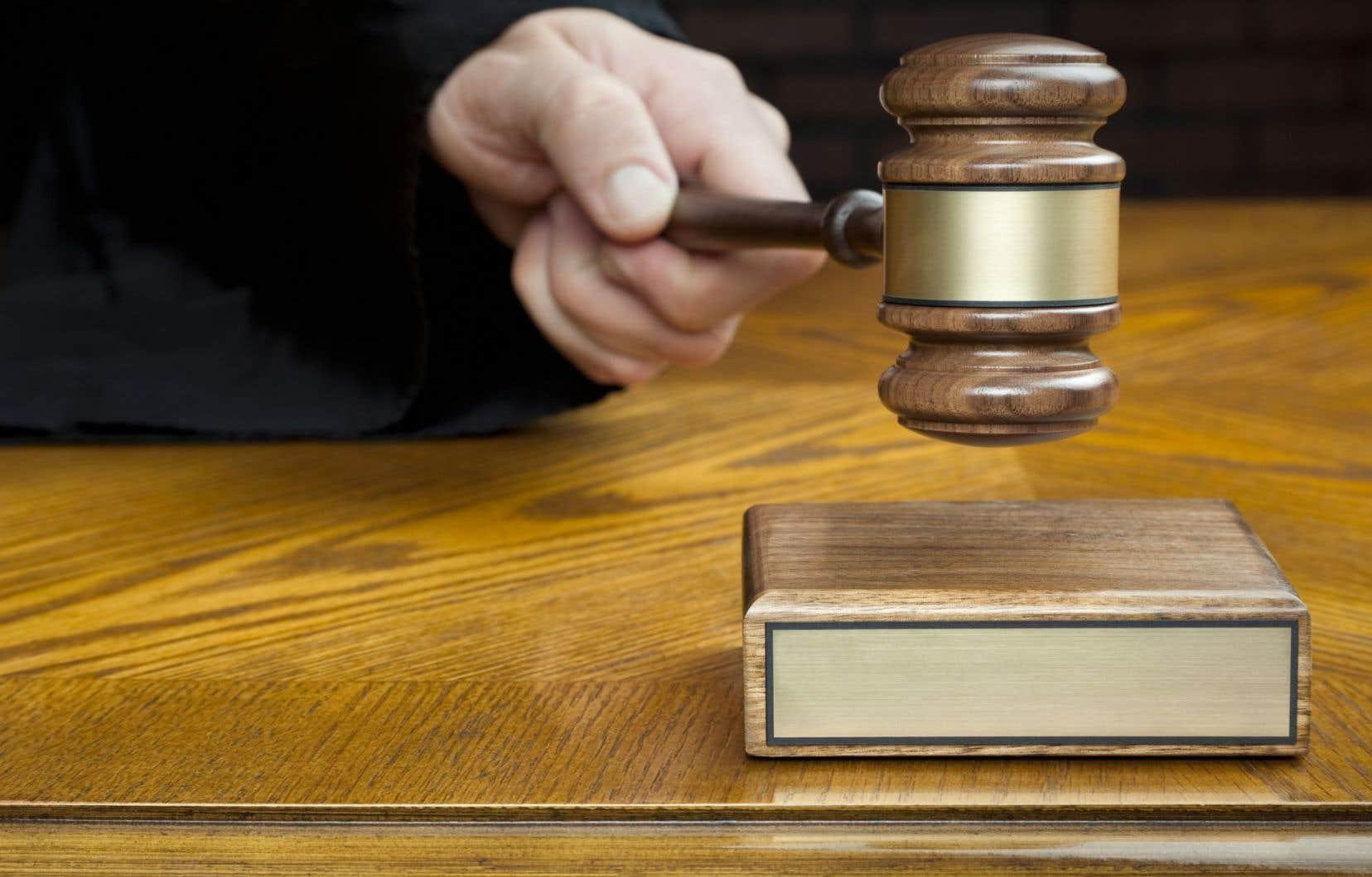 La Cour suprême a insisté sur l'importance « capitale » du droit d'être jugé dans un délai raisonnable pour l'administration du système de justice criminelle au pays.