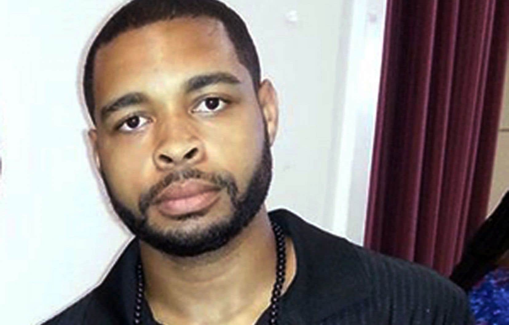 Micah Johnson, un Afro-Américain âgé de 25 ans, a ouvert le feu sur des policiers durant une manifestation pacifique à Dallas, jeudi.