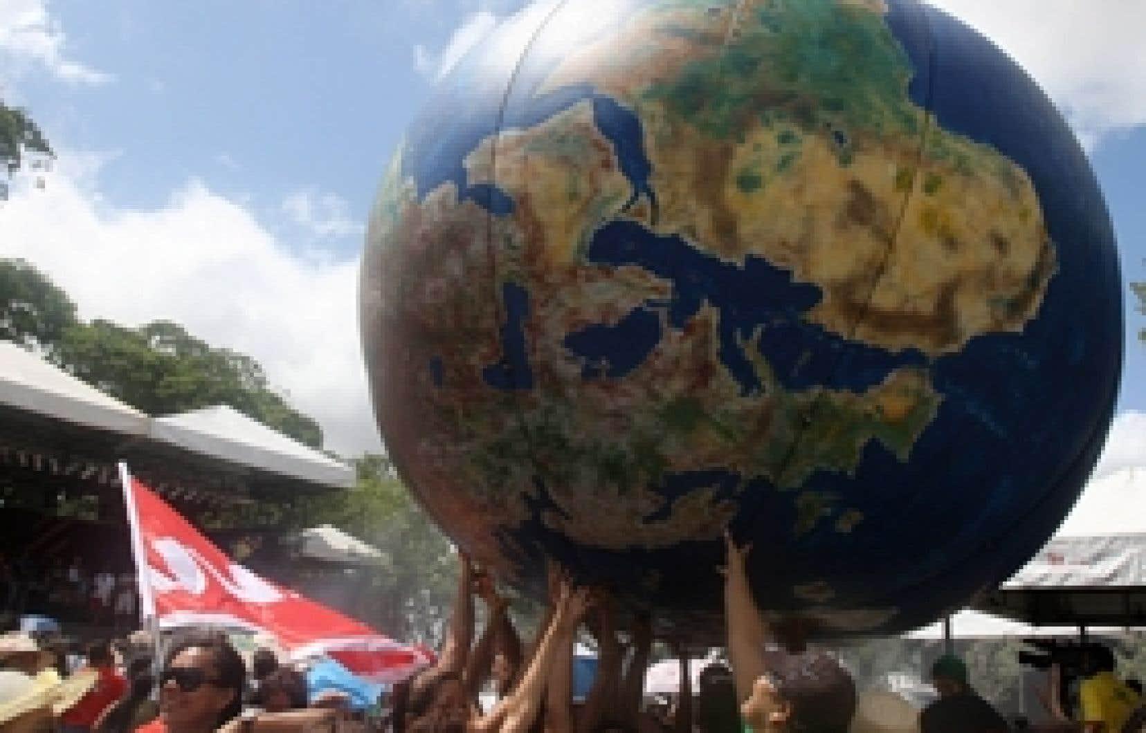 L'ambiance est à la fête à l'ouverture du Forum social mondial, à Belém, au Brésil.