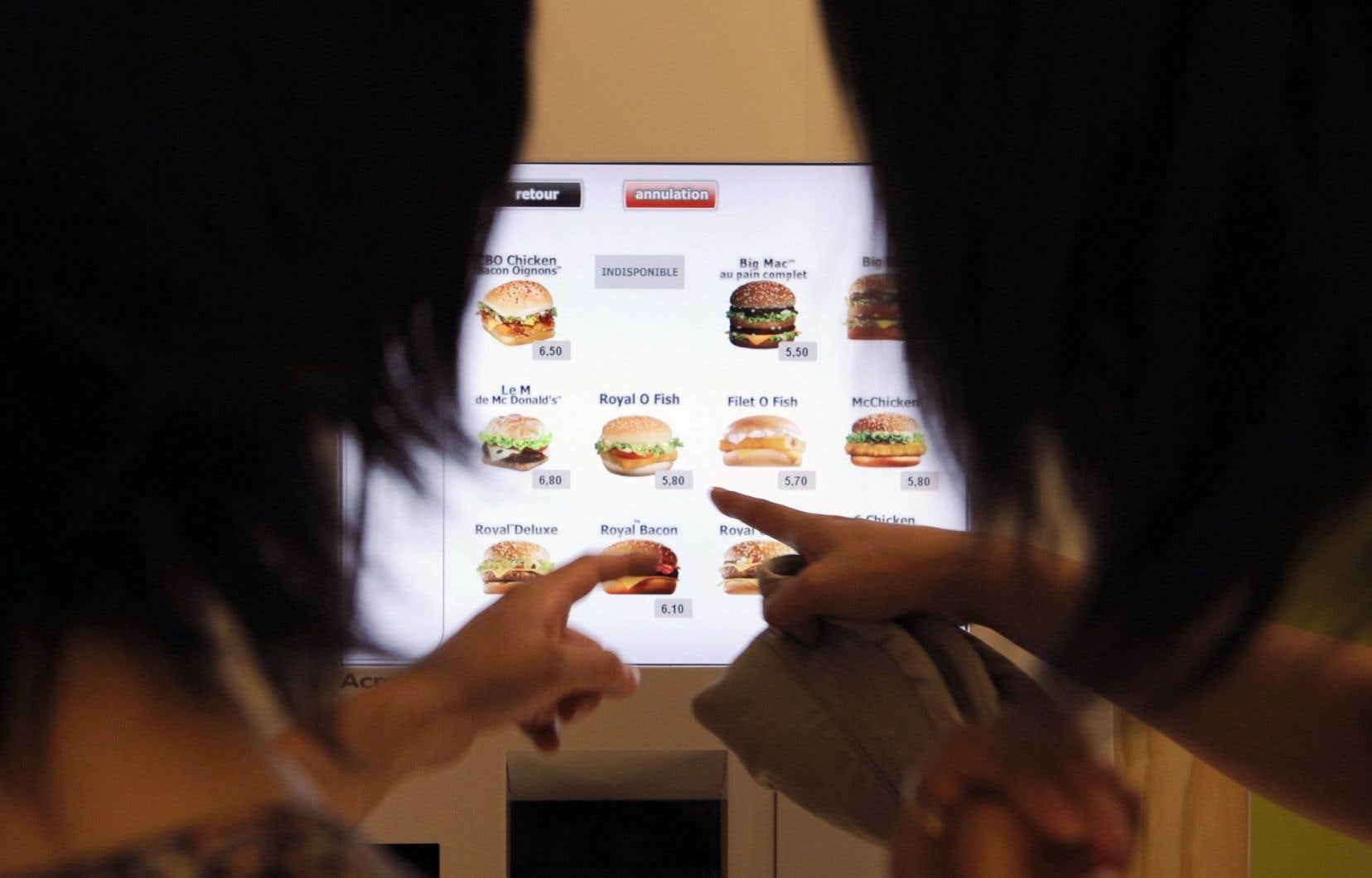 L'automatisation de la prise des commandes en restauration rapide assure des gains de productivité.