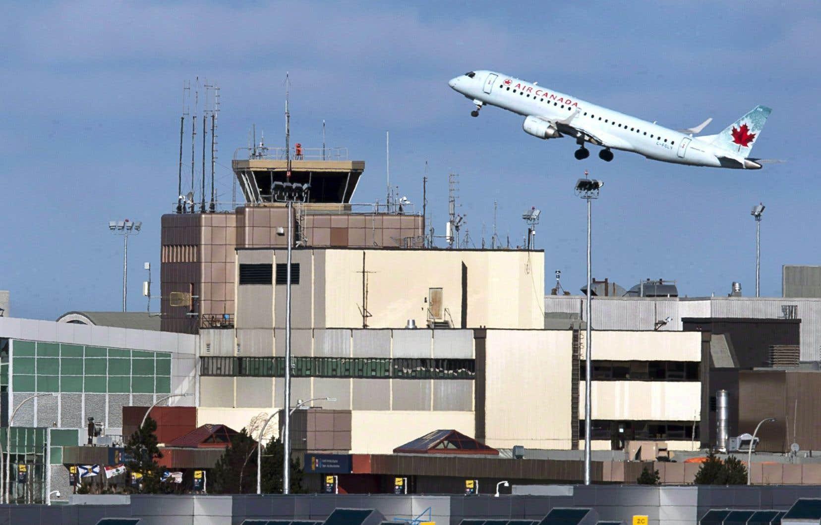 Le volume du trafic aérien a augmenté de 3 % depuis l'an dernier.