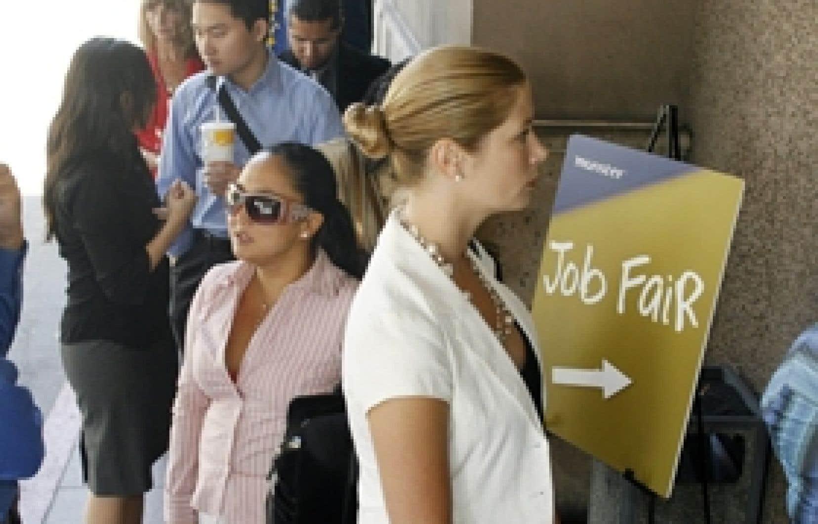 Le gouvernement gèlera les taux de cotisation à l'assurance-emploi pour 2009 et 2010.