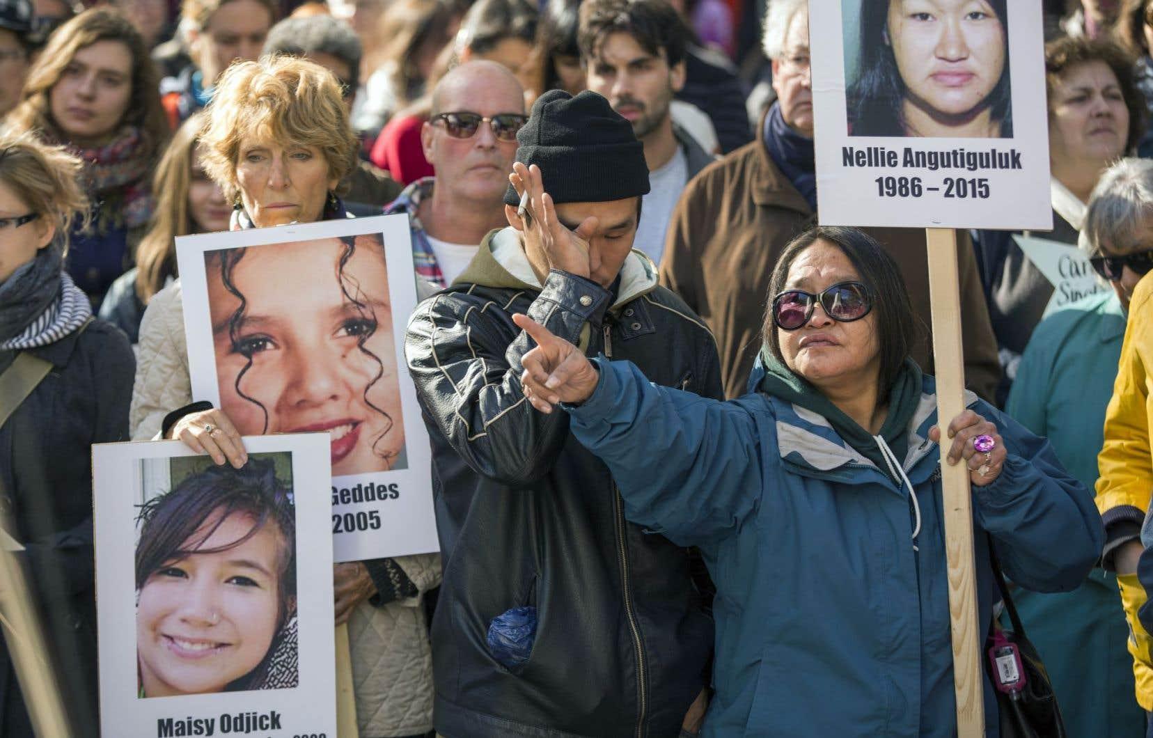 Réclamée depuis des années, la commission d'enquête sur les femmes autochtones disparues ou assassinées a fait l'objet de plusieurs manifestations, dont celle-ci datant d'octobre 2015.