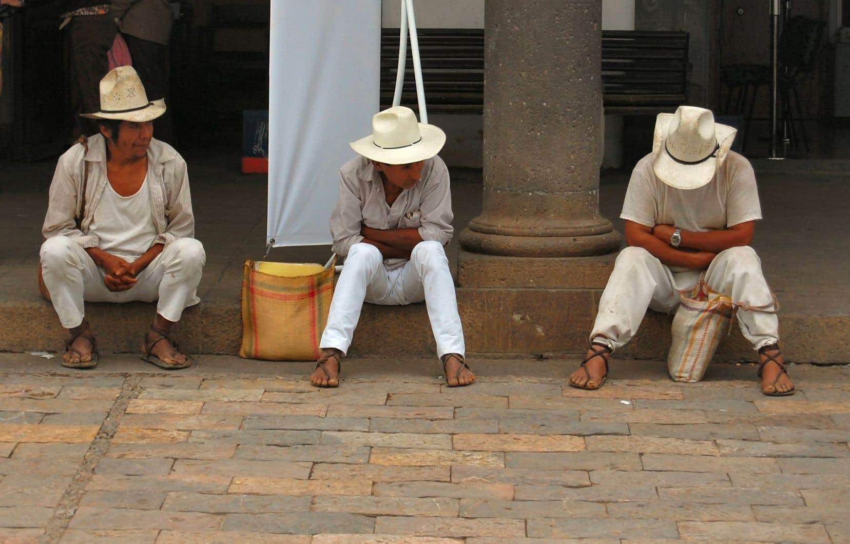 «Nous, les communautés autochtones, qui formons la majorité des habitants de la Sierra Norte de Puebla, disons haut et fort que nous sommes prêts à défendre nos territoires et nos vies», écrivent les signataires du texte.