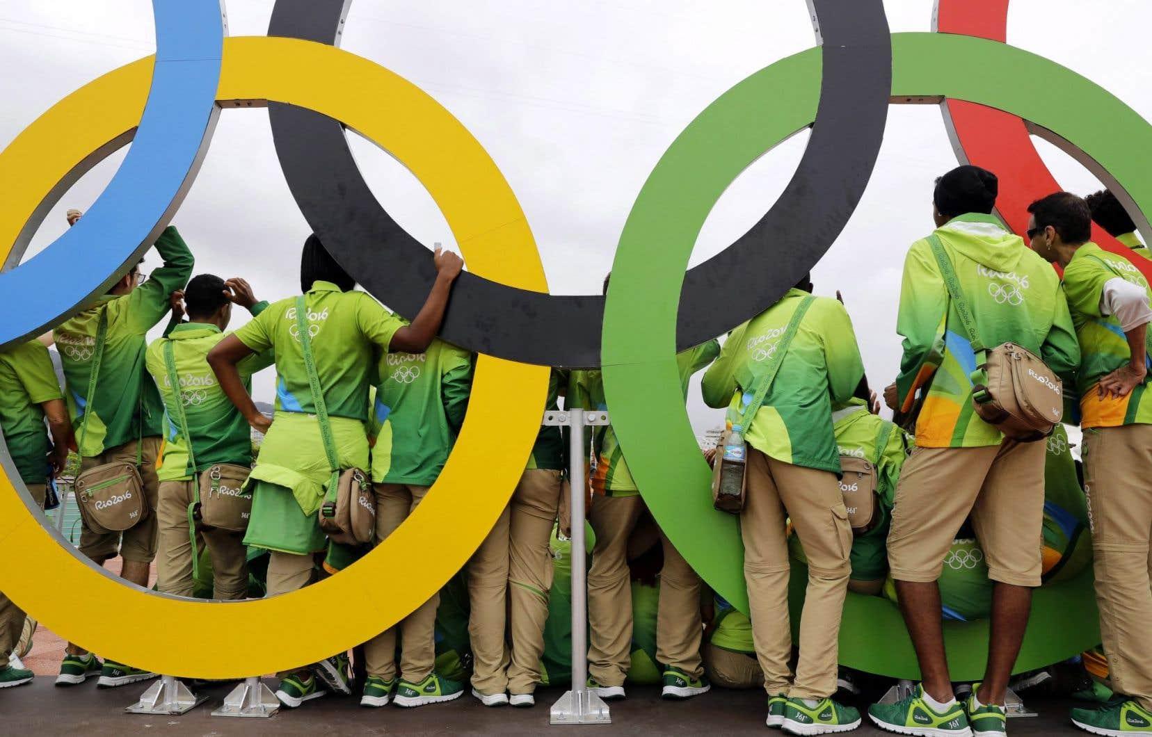 Selon un sondage publié mercredi, 60 % des Brésiliens estiment que ces Jeux seront plus préjudiciables que bénéfiques au pays.