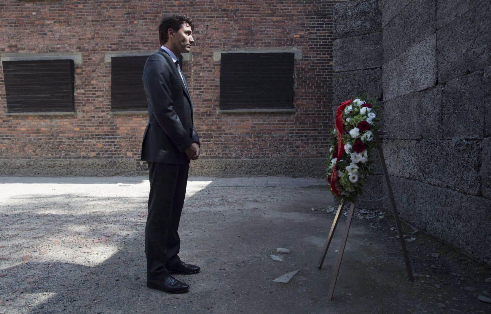 Le premier ministre du Canada, Justin Trudeau, lors de son passage au camp d'Auschwitz, en juillet.