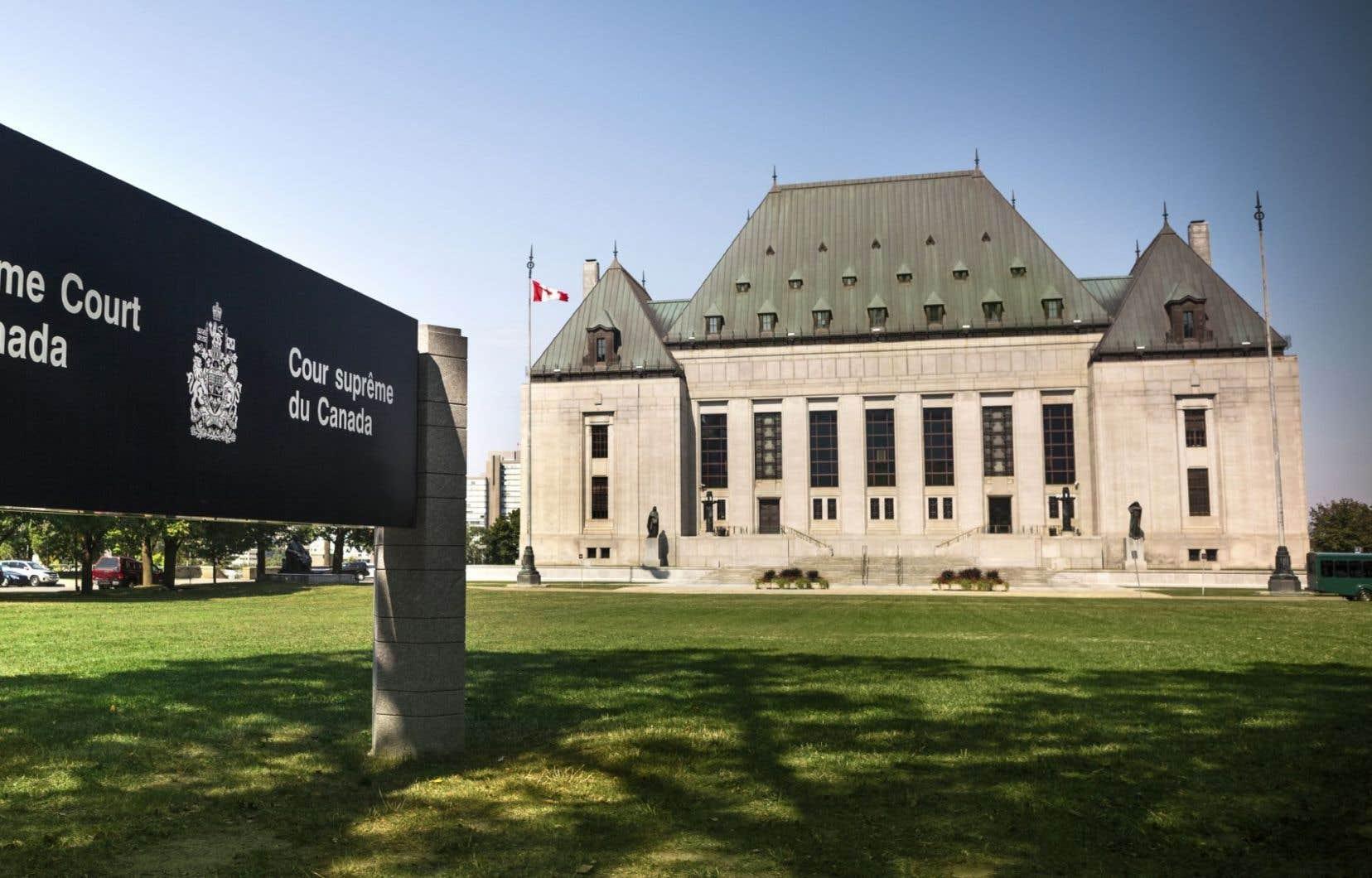 Dans sa lettre, Justin Trudeau ajoute que l'époque où les gouvernements nommaient des juges à la Cour suprême en coulisses et en secret est révolue.