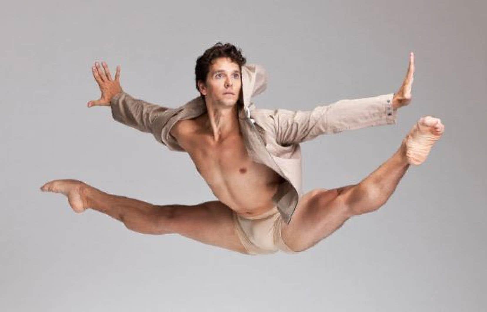 Guillaume Côté, directeur artistique de l'événement, fait aussi partie de la programmation, avec les danseurs du Ballet national.