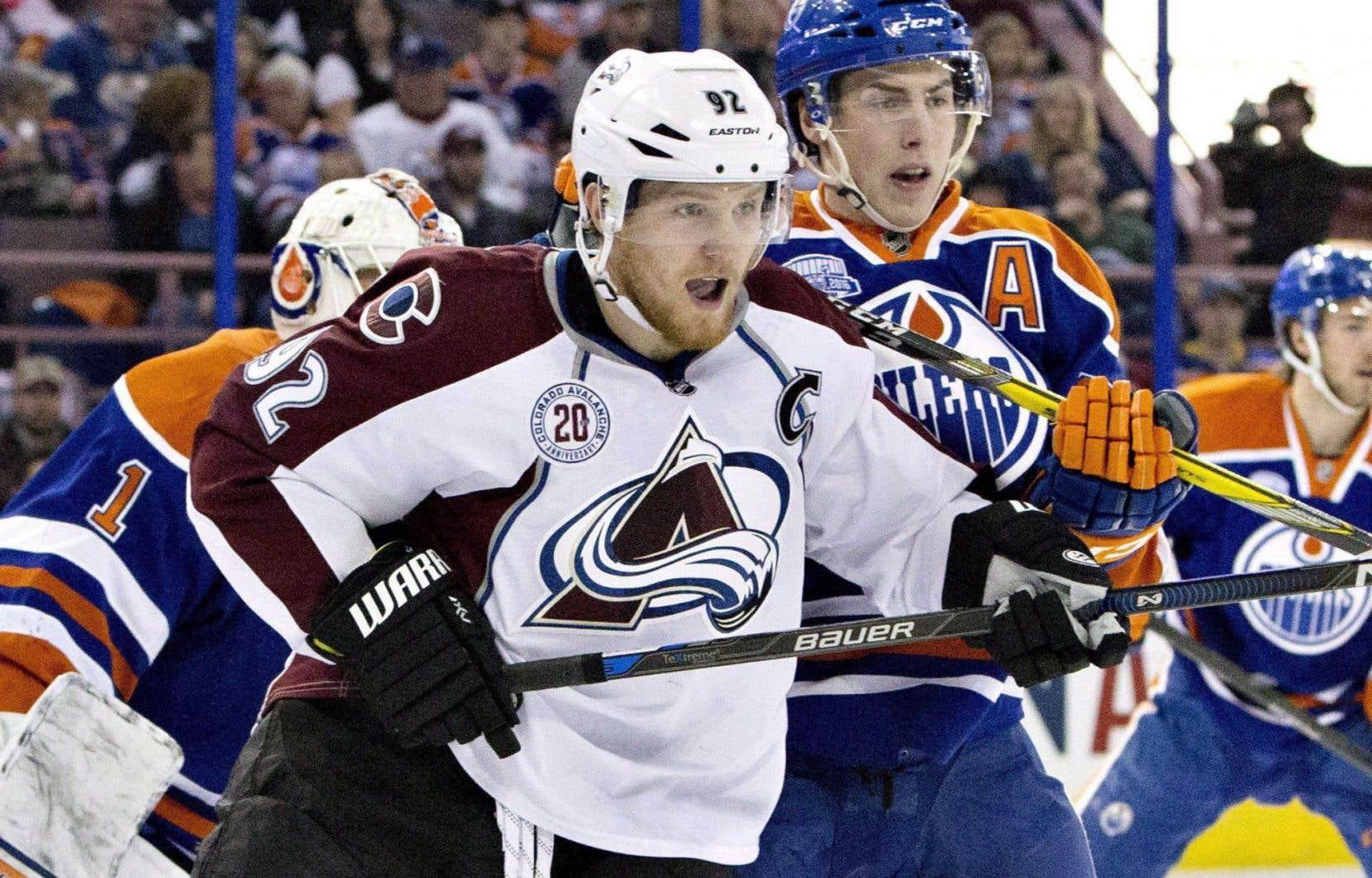 Landeskog affirme qu'il veut faire entendre sa voix sur le sujet pour que les hockeyeurs plus jeunes «saisissent bien la complexité» des commotions et de leurs effets.