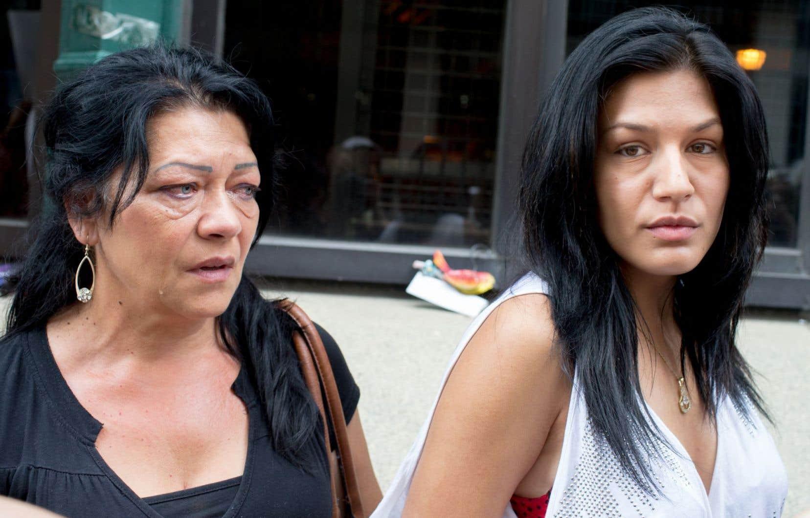 Katalin Lakatos (à gauche) et sa fille Gilda ont échappé de justesse à un renvoi en Hongrie en mai dernier.