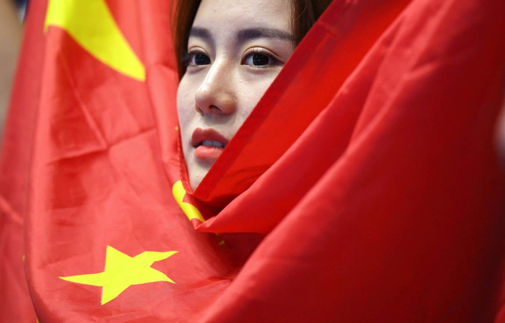Le Comité d'organisation des Jeux olympiques de Rio a annoncé lundi le remplacement des drapeaux chinois utilisés lors des cérémonies de remise de médailles.