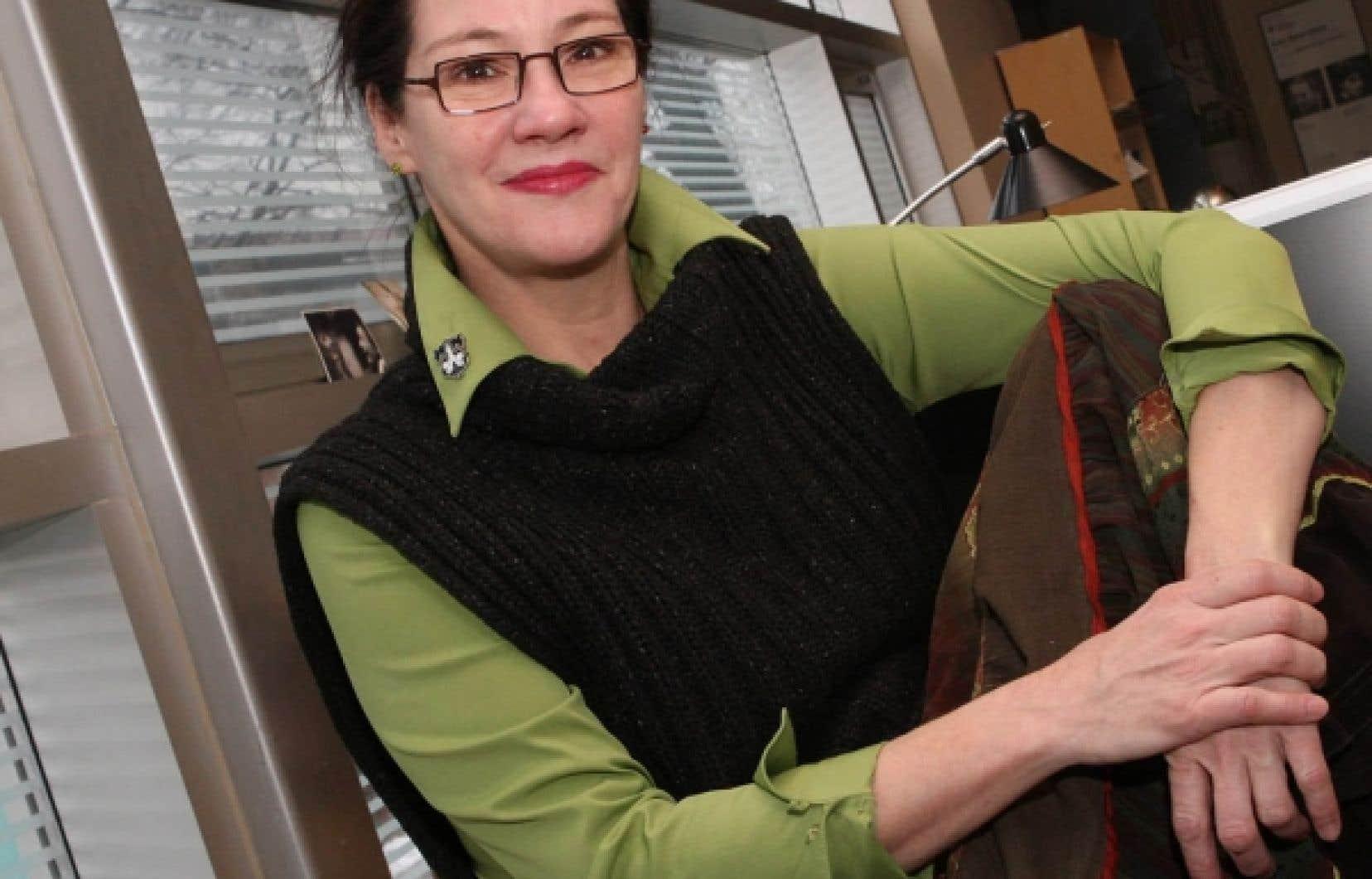 Sextett permet à Ginette Noiseux de remplir encore une fois son mandat de révélatrice des écritures francophones singulières.