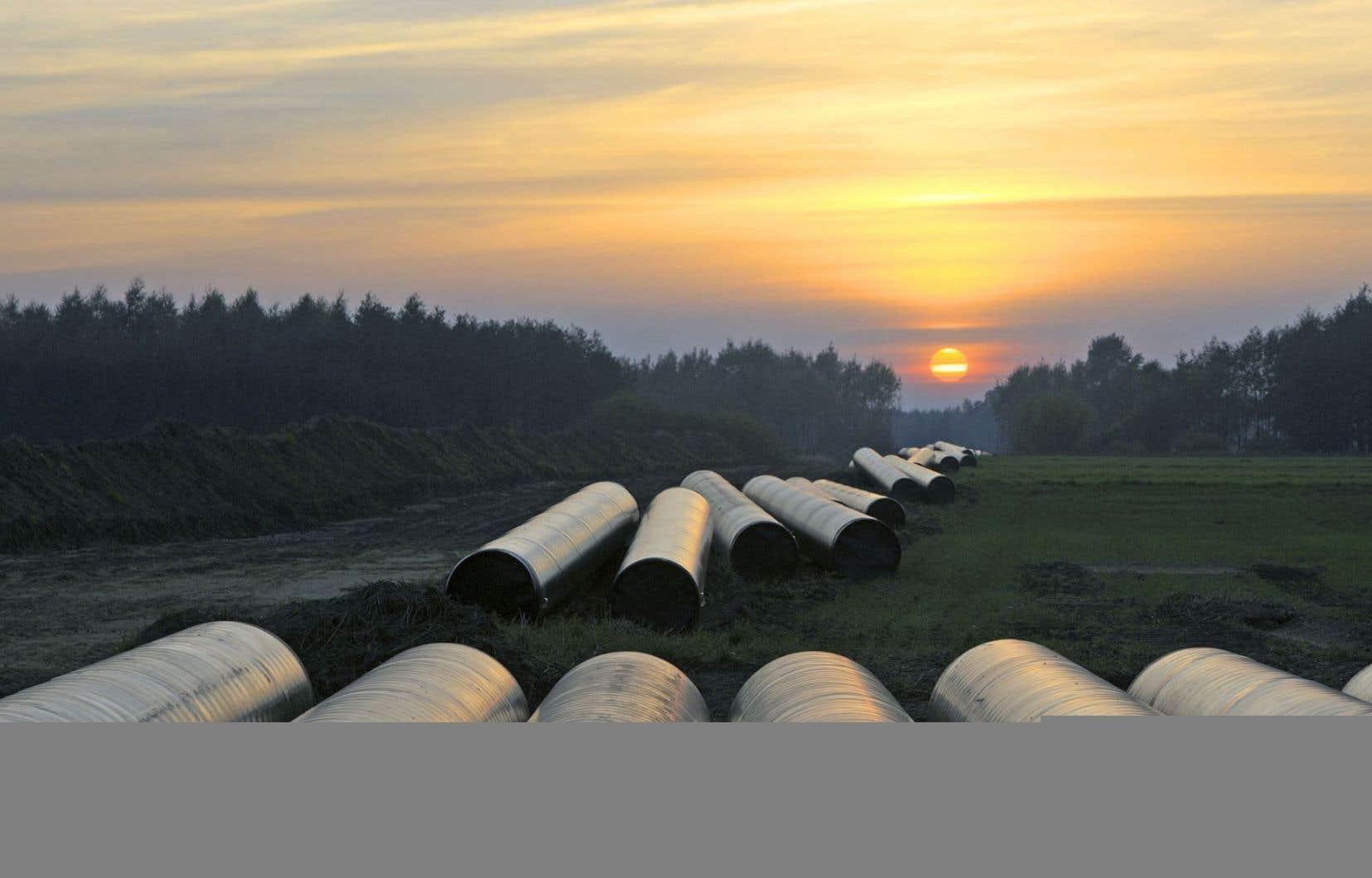 La FTQ, qui compte plusieurs membres dans le secteur industriel, déplore notamment la faible création d'emplois associée au pipeline de TransCanada.