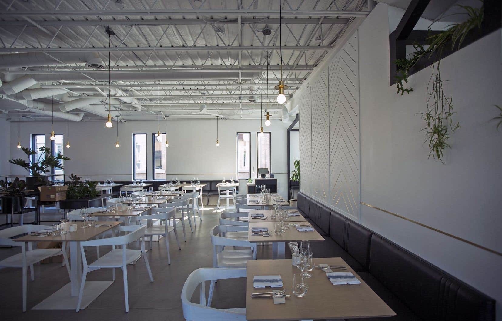 Le nom du restaurant a des accents scandinaves, le décor également. On reconnaît également cette touche distinctive dans l'approche globale que le chef privilégie pour ses assiettes.