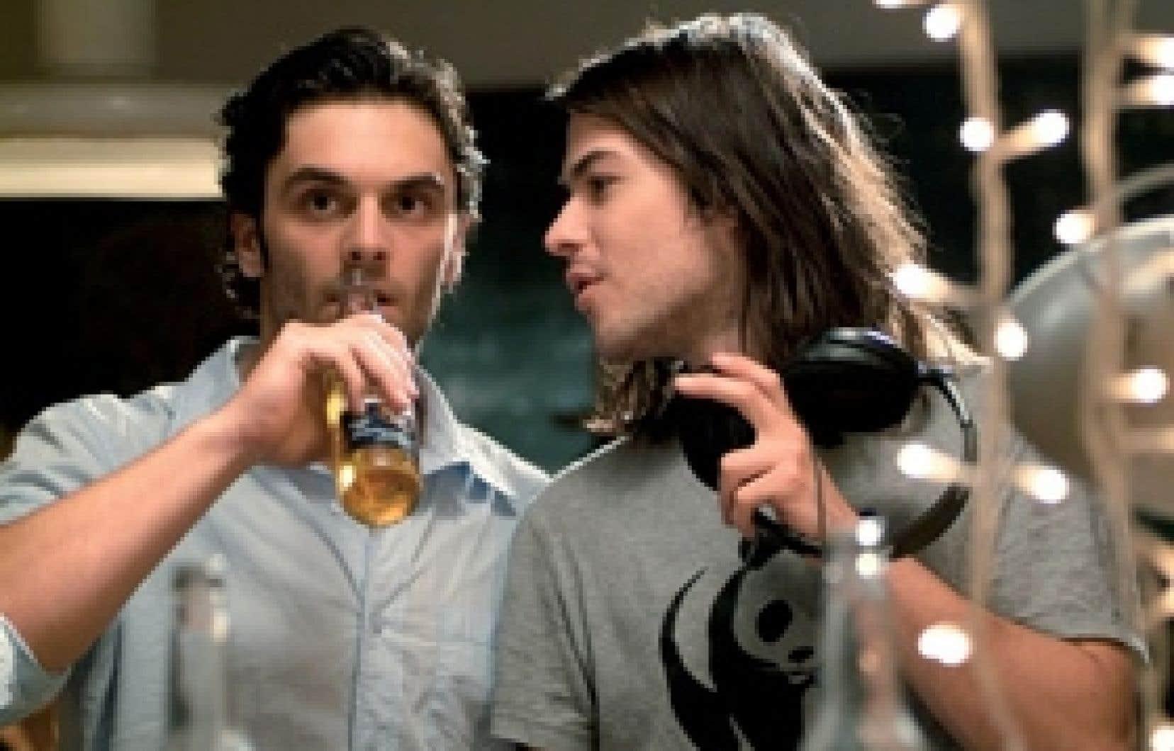 Marc-André Grondin (à droite) est en nomination aux Césars dans la catégorie du «meilleur espoir masculin» pour son rôle dans le film français Le Premier Jour du reste de ta vie.