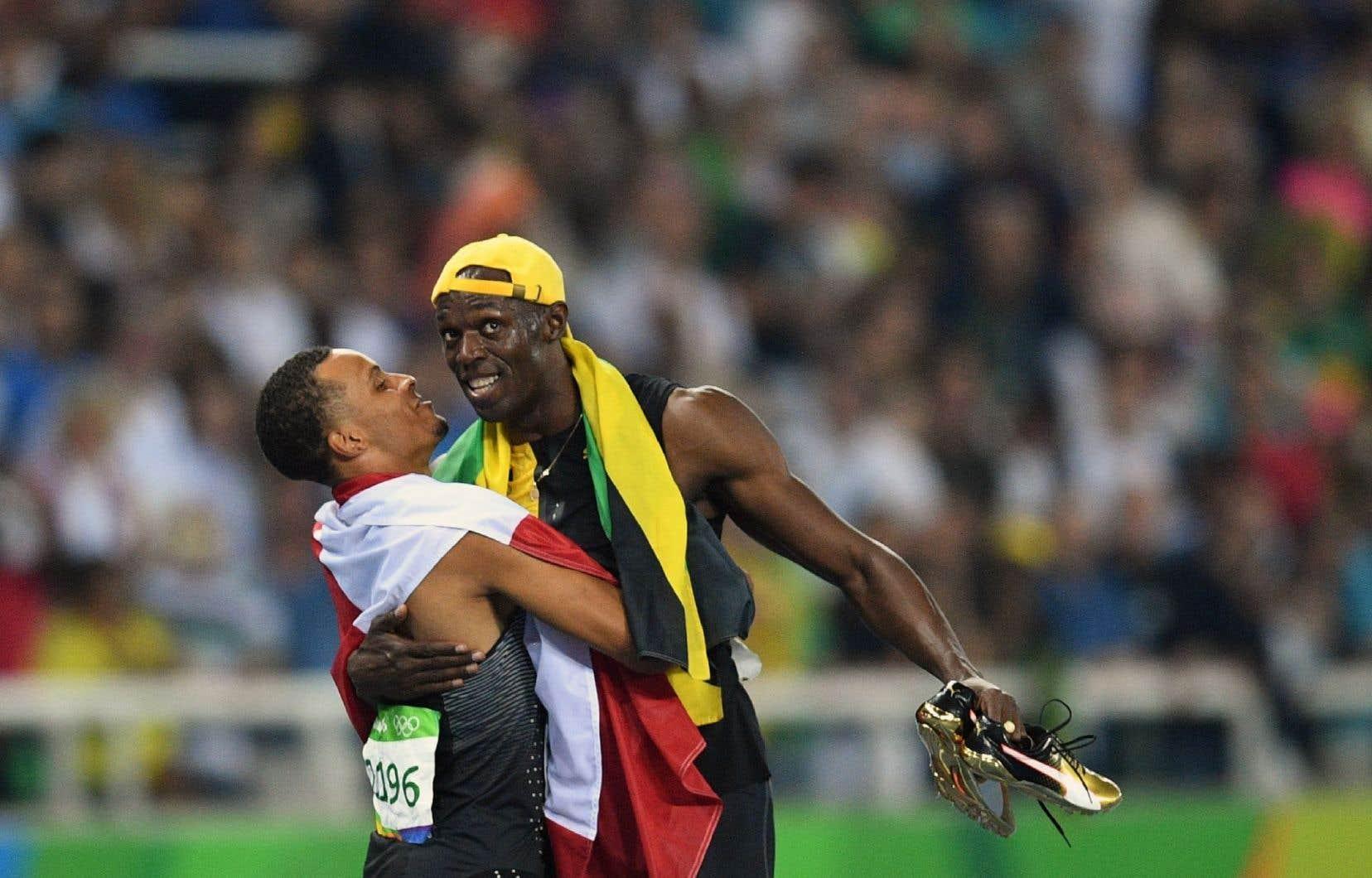Le Jamaïcain Usain Bolt a de nouveau remporté le 100 mètres, épreuve reine des JO, tandis que le jeune Canadien Andre De Grasse a enlevé le bronze, derrière l'Américain Justin Gatlin, dont le retour après une suspension pour dopage a fait couler beaucoup d'encre.