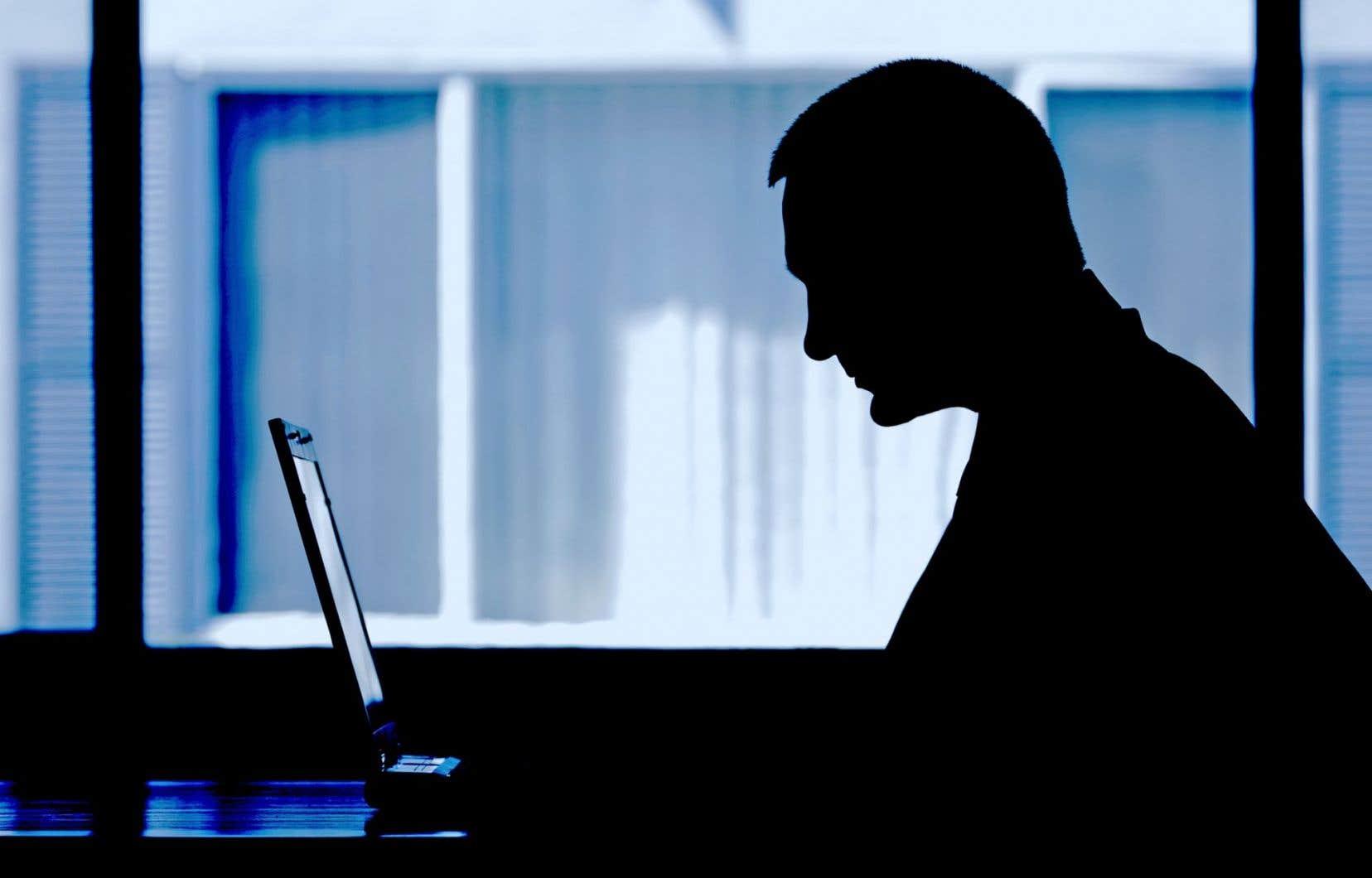 L'Association canadienne des chefs de police estime que les criminels ont de plus en plus recours au chiffrement pour dissimuler leurs activités illicites en ligne.