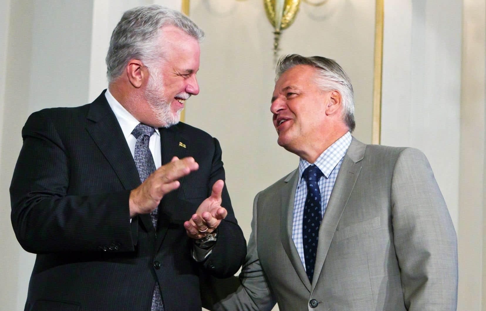 Le premier ministre Couillard et son nouveau ministre des Transports, Laurent Lessard