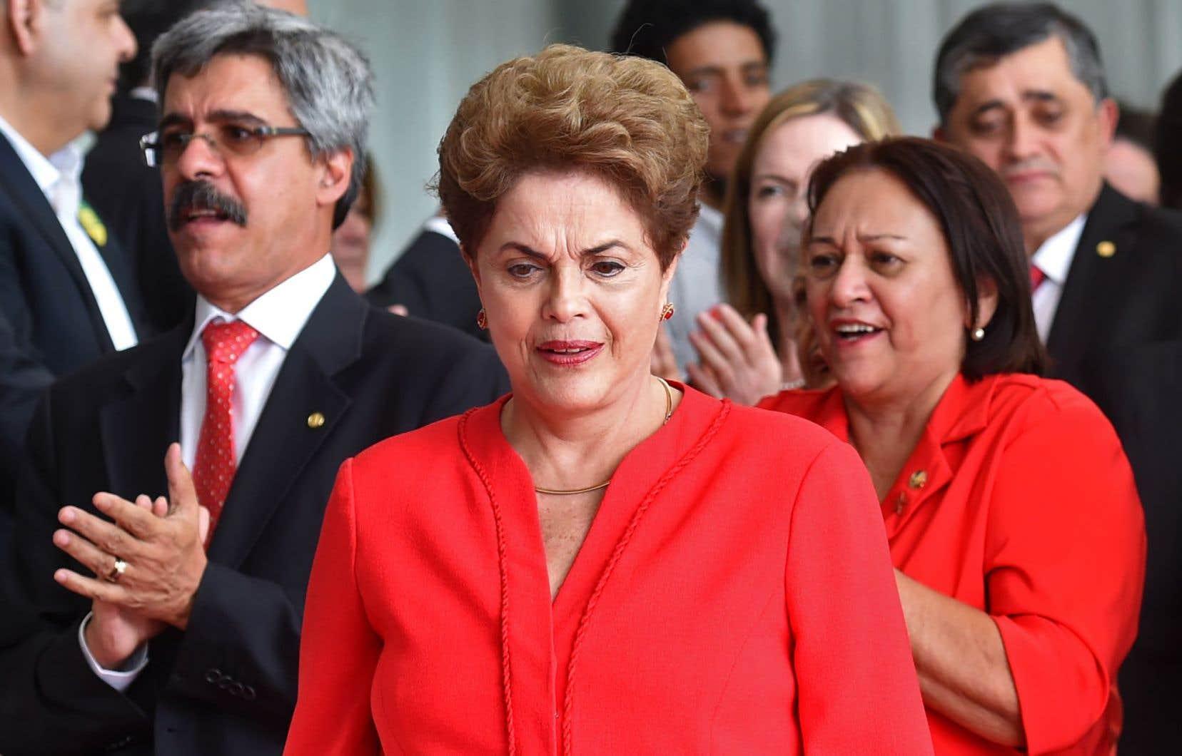 Dilma Rousseff avait réaffirmé son « innocence » et fustigé cette procédure hautement controversée.