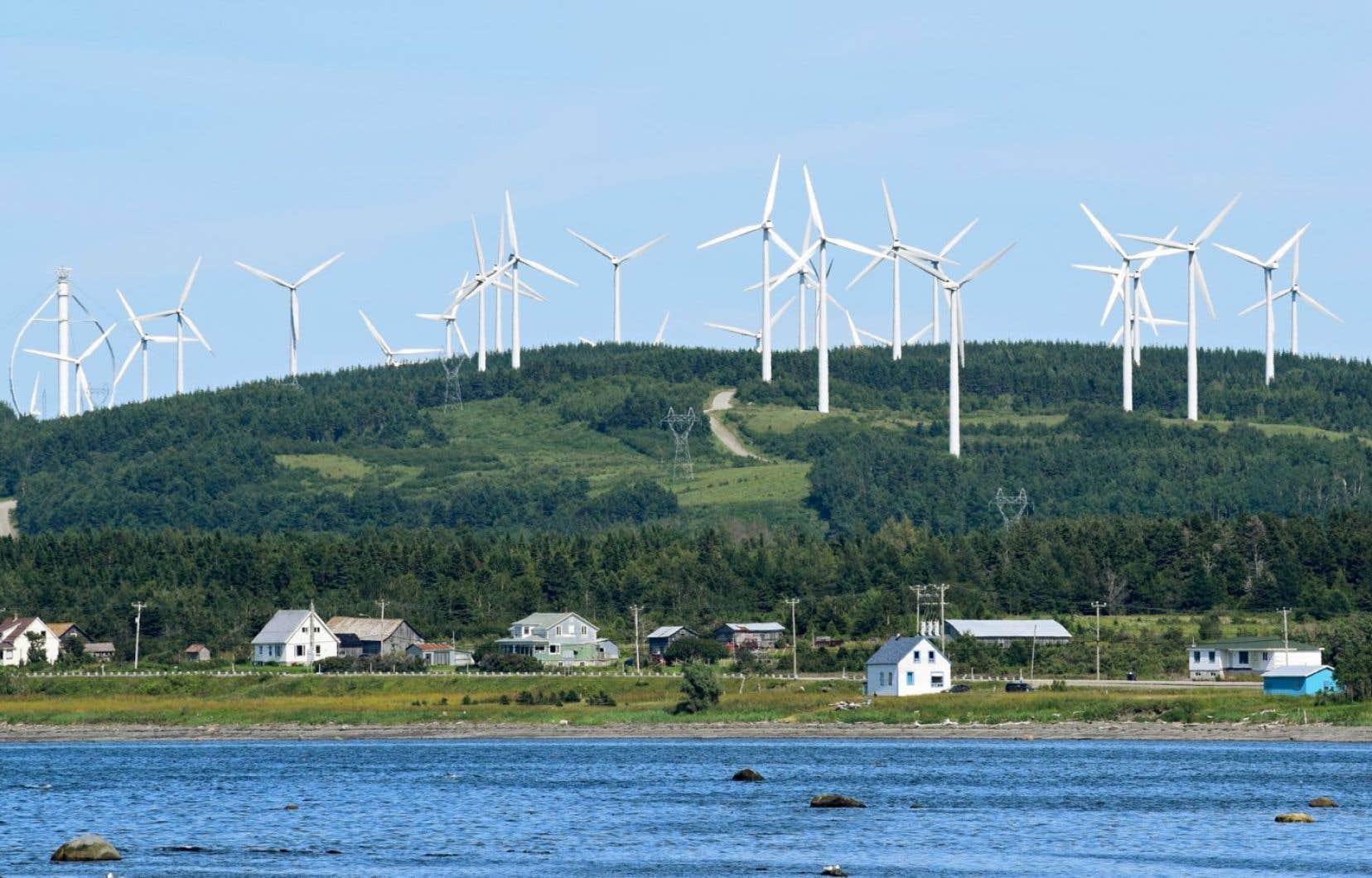 Les derniers parcs éoliens du Québec doivent entrer en service l'an prochain.