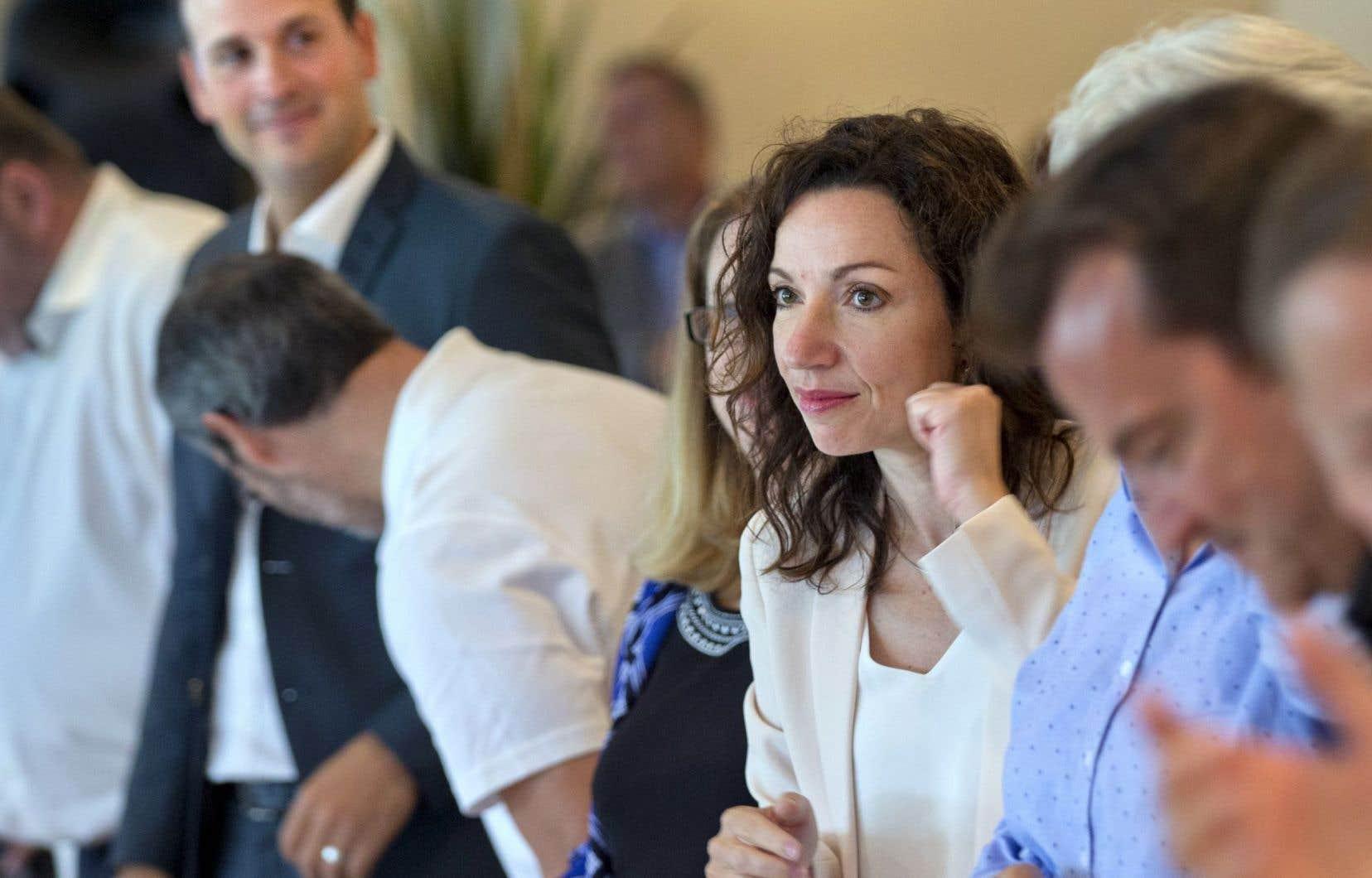 Alexandre Cloutier, à gauche sur la photo, s'est lavé de tous les reproches formulés par ses adversaires, y compris Martine Ouellet (à droite).