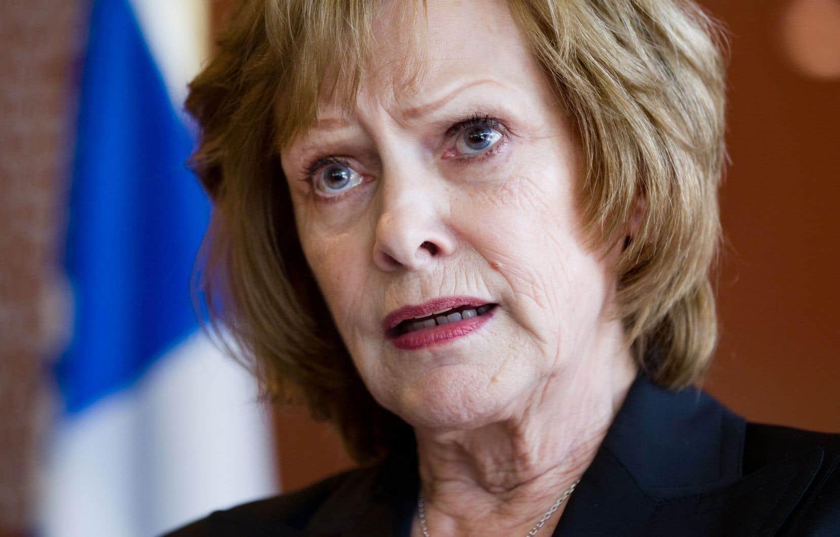 La mairesse de Saint-Adolphe-d'Howard, Lisette Lapointe, est déçue que la Régie n'ait pas retenu le tracé proposé par la municipalité.