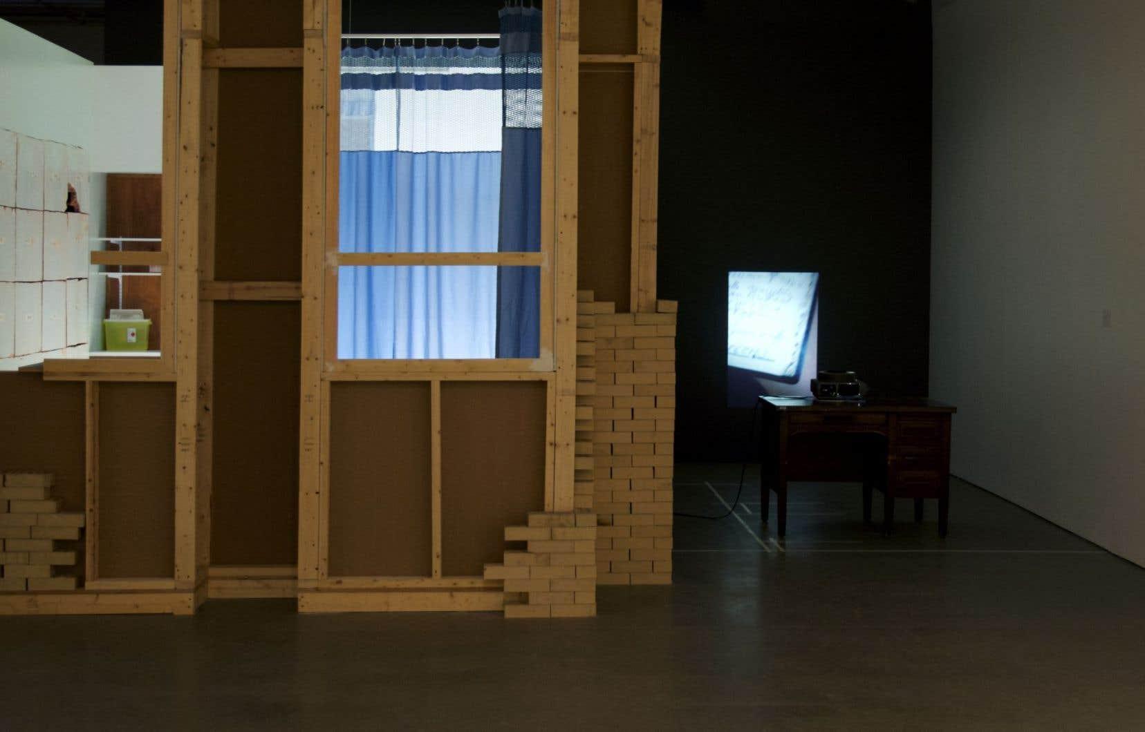 L'artiste Yann Pocreau nous parle avec attention et sensibilité de la mémoire immatérielle individuelle, mais aussi collective.