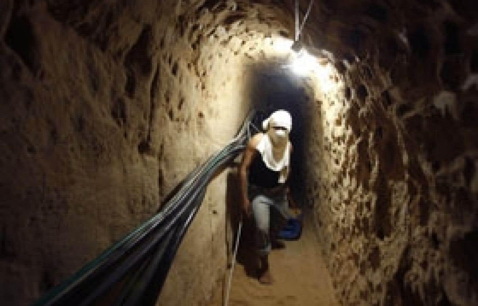 En dépit des bombardements intensifs pendant plusieurs jours par l'armée israélienne, les tunnels reliant la bande de Gaza à l'Égypte ont rapidement été remis en état.