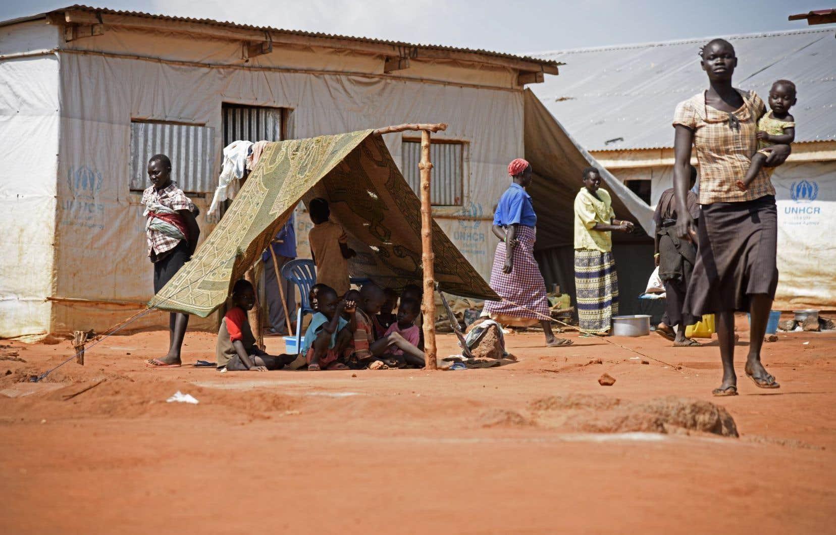 Le conflit qui fait rage au Soudan du Sud perdure depuis de nombreuses années, forçant le déplacement de milliers de réfugiés.