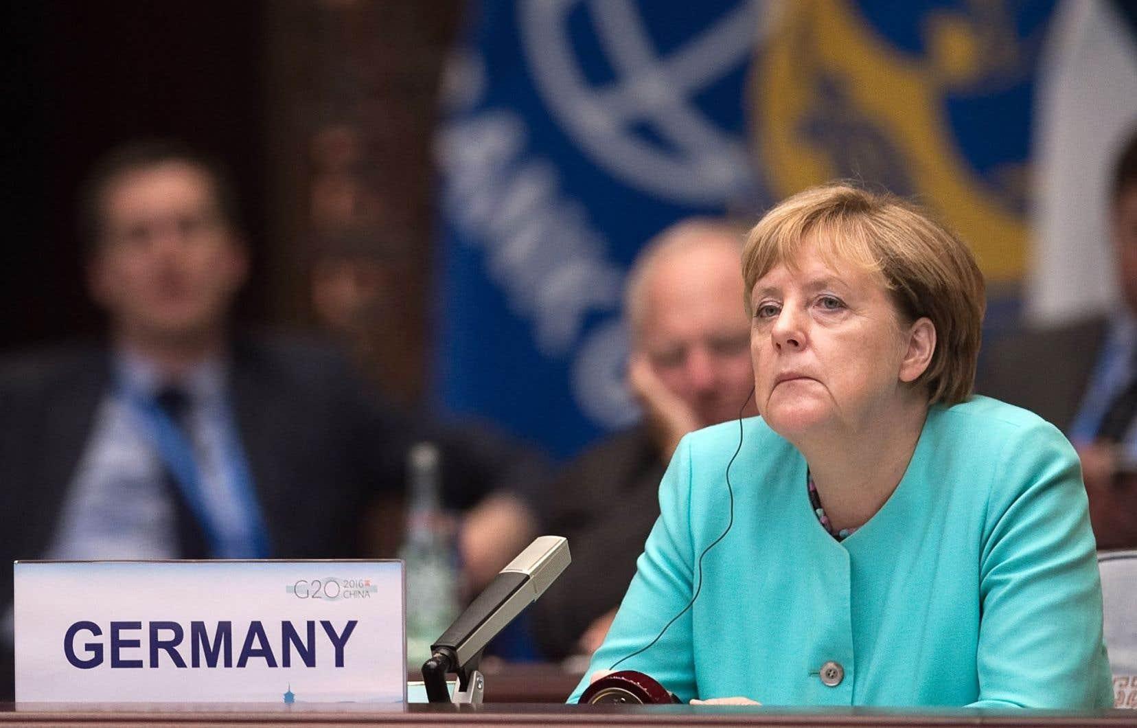 Angela Merkel a admis être « aussi responsable » de la débâcle de son parti en Mecklembourg-Poméranie occidentale, un État régional d'ex-RDA communiste dont elle est élue.