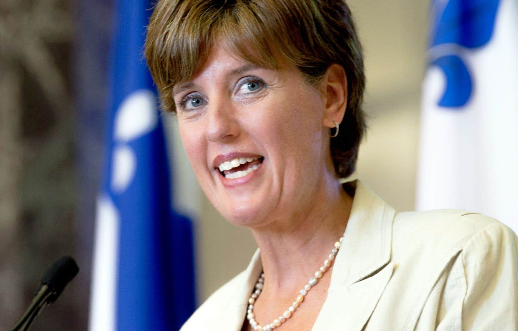 La ministre du Développement international et de la Francophonie, Marie-Claude Bibeau, a souligné l'octroi d'un financement de 213 187 000$ pour la réalisation de trois projets à l'Université de Montréal, à HEC Montréal, à Polytechnique Montréal et à l'Université McGill.