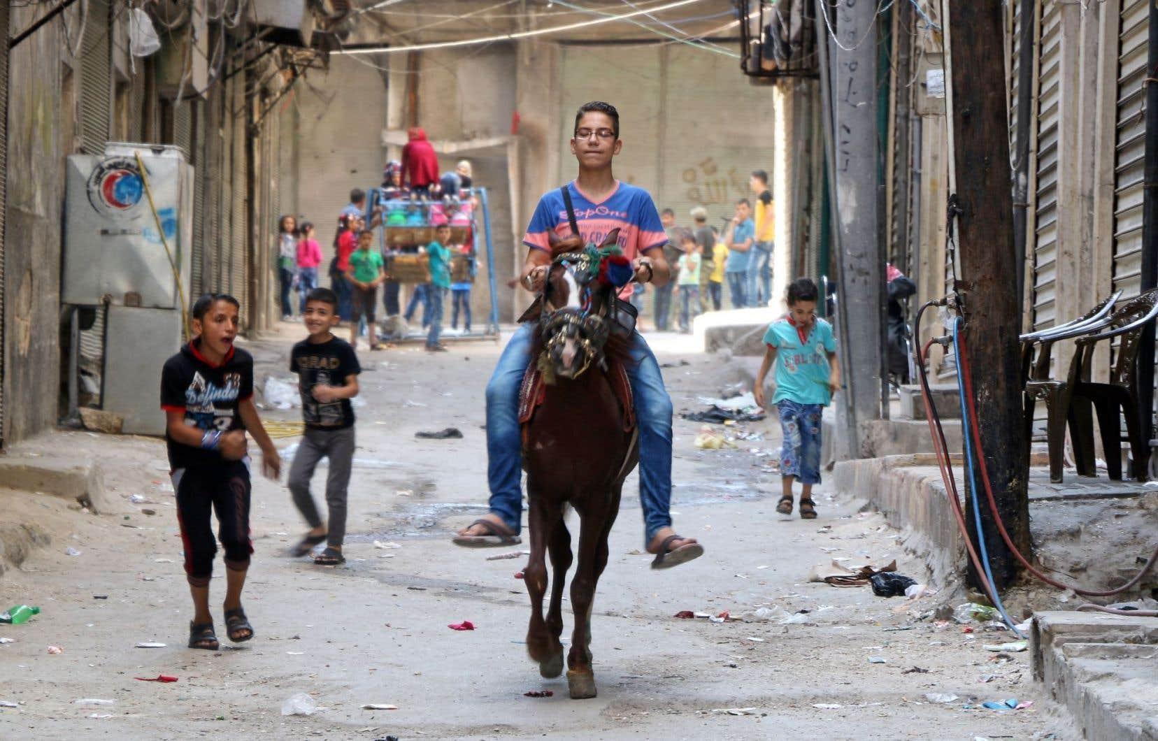 Mardi, les quartiers rebelles d'Alep n'ont pas subi de tirs aériens, contrairement aux derniers jours.