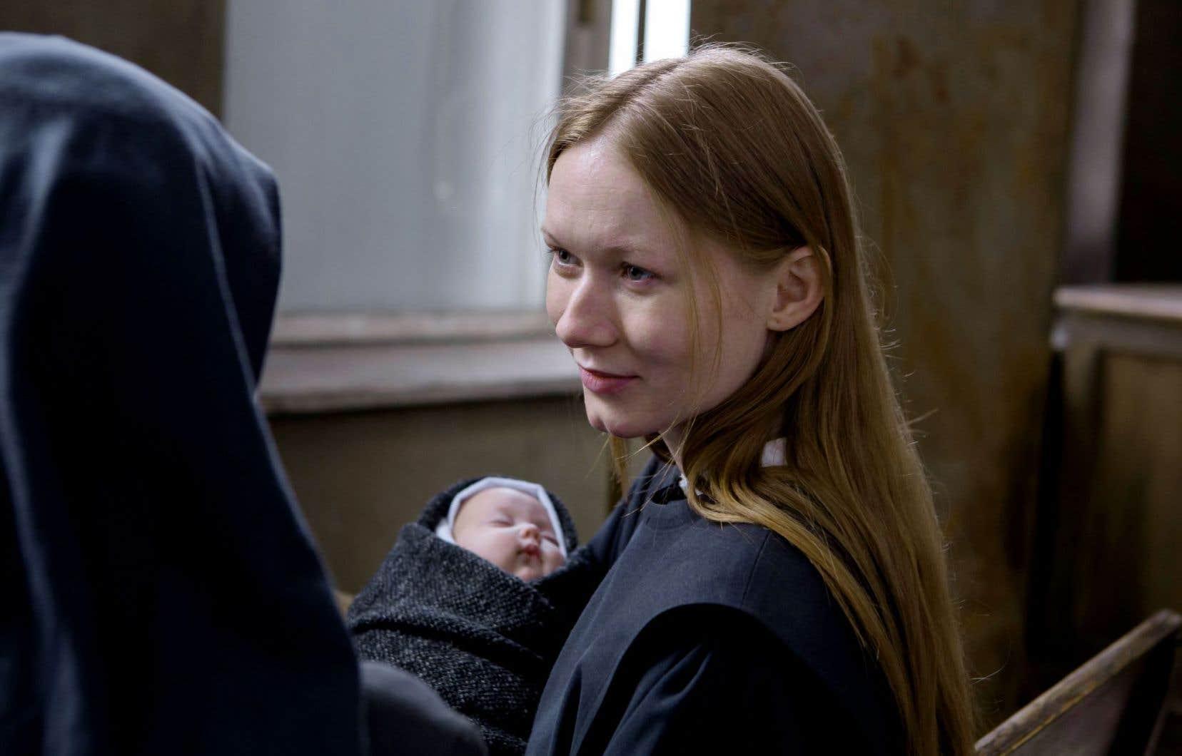 Écartelées entre l'appel du ciel et celui de l'instinct maternel, les religieuses dans le film «Les innocentes» comprennent intimement la difficulté de la conciliation vocation-famille.