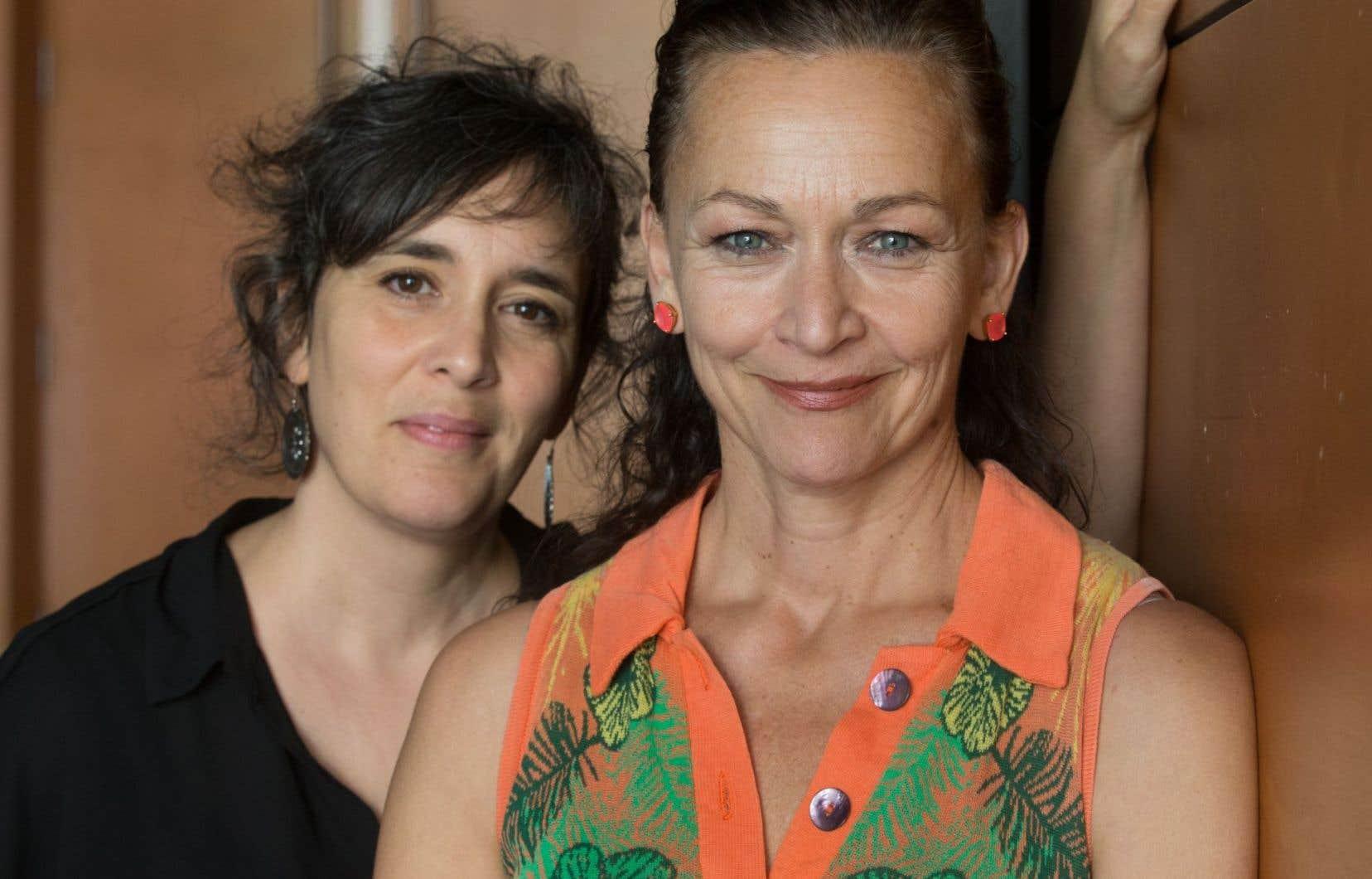 Dans «La délivrance», la metteure en scène Jennifer Tremblay et l'actrice Sylvie Drapeau rendent hommage à la maternité dans un monologue sur la vie tourmentée d'une femme.