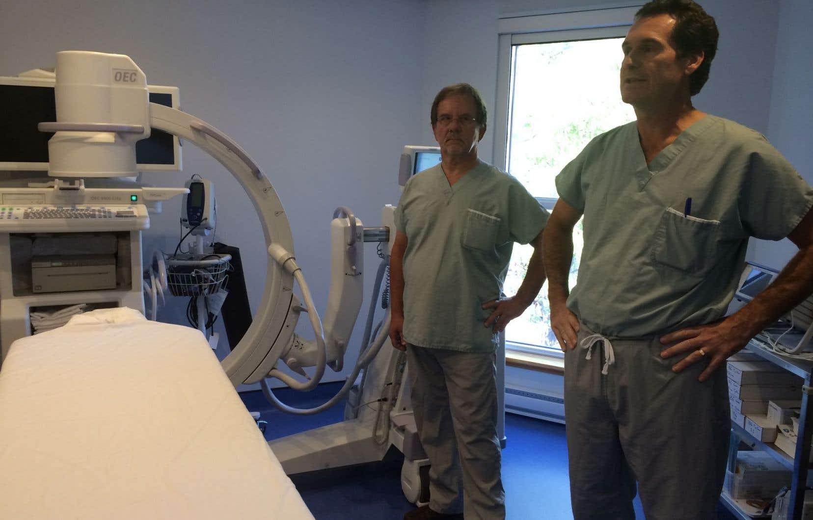 Les médecins spécialistes ont affirmé jeudi ne pas vouloir «assumer tous les coûts des appareils qui ont été sortis des hôpitaux».