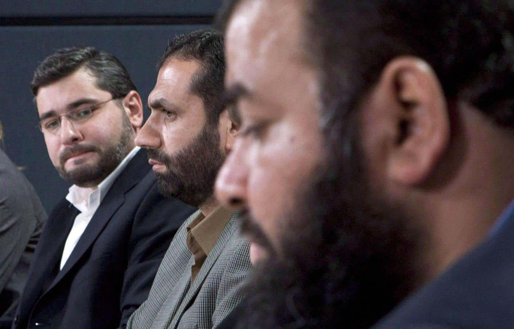 De gauche à droite, Abdullah Almalki, Muayyed Nureddin et Ahmad El Maati à Ottawa, en 2008. Les trois Canadiens ont été détenus en Syrie jusqu'en 2004, puis libérés.