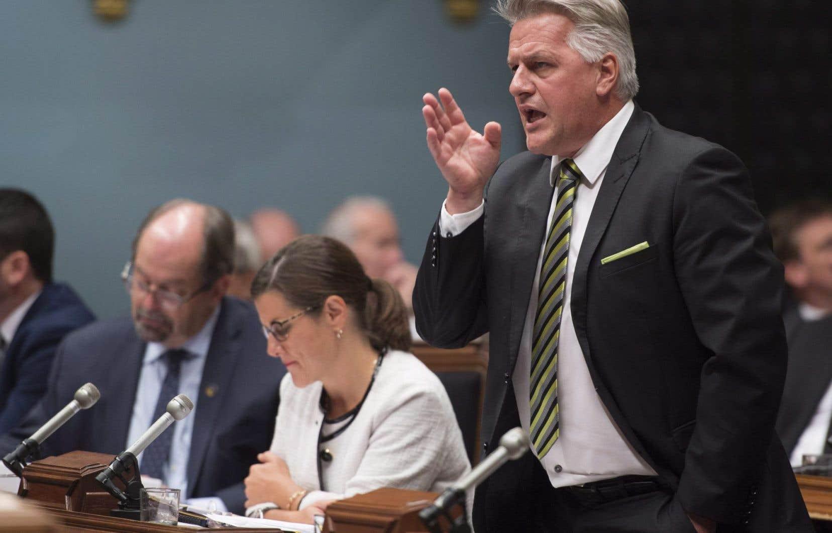 Sur la défensive, Laurent Lessard a affirmé mardi en Chambre qu'il n'avait rien à se reprocher.