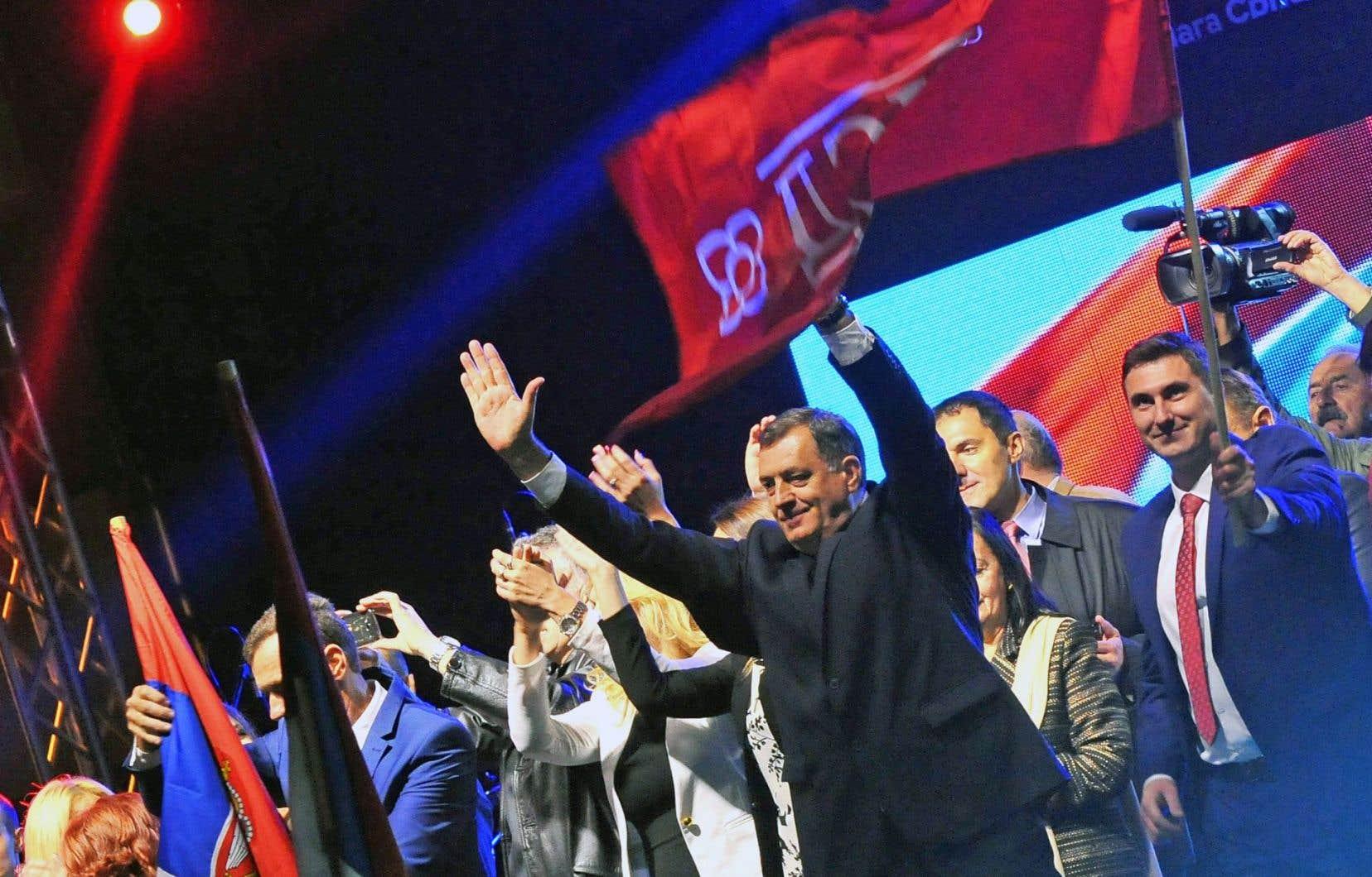 Le président Milorad Dodik semble avoir obtenu le plébiscite qu'il cherchait auprès des électeurs, qui ont dit oui à une fête nationale.