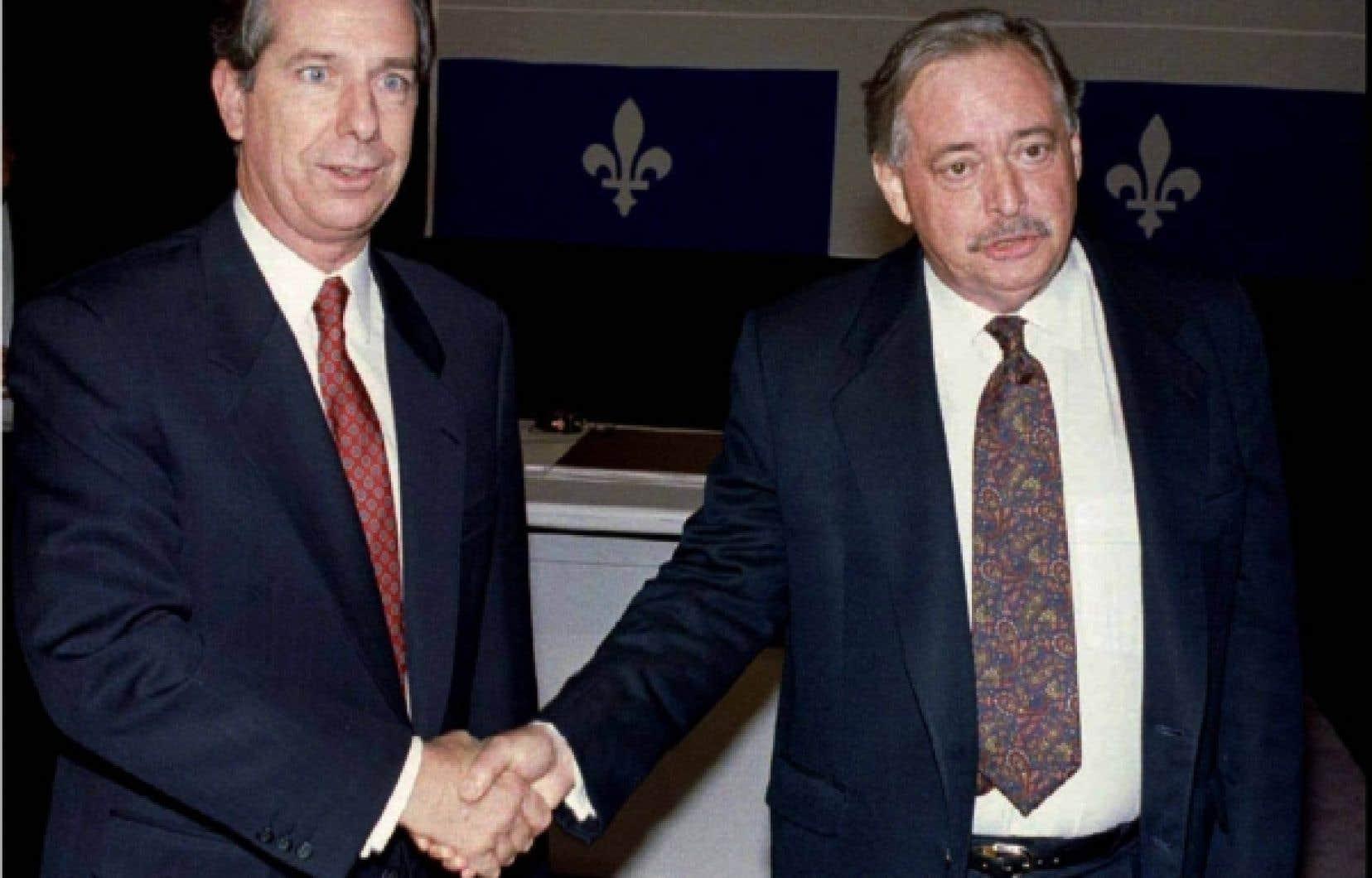 Le Québec était en pleine campagne électorale: Jacques Parizeau (à droite) contre Daniel Johnson fils. Les péquistes rassérénés par huit ans d'opposition contre des libéraux usés et affaiblis par les crises constitutionnelles à répétition. L'époque est éminemment politique.