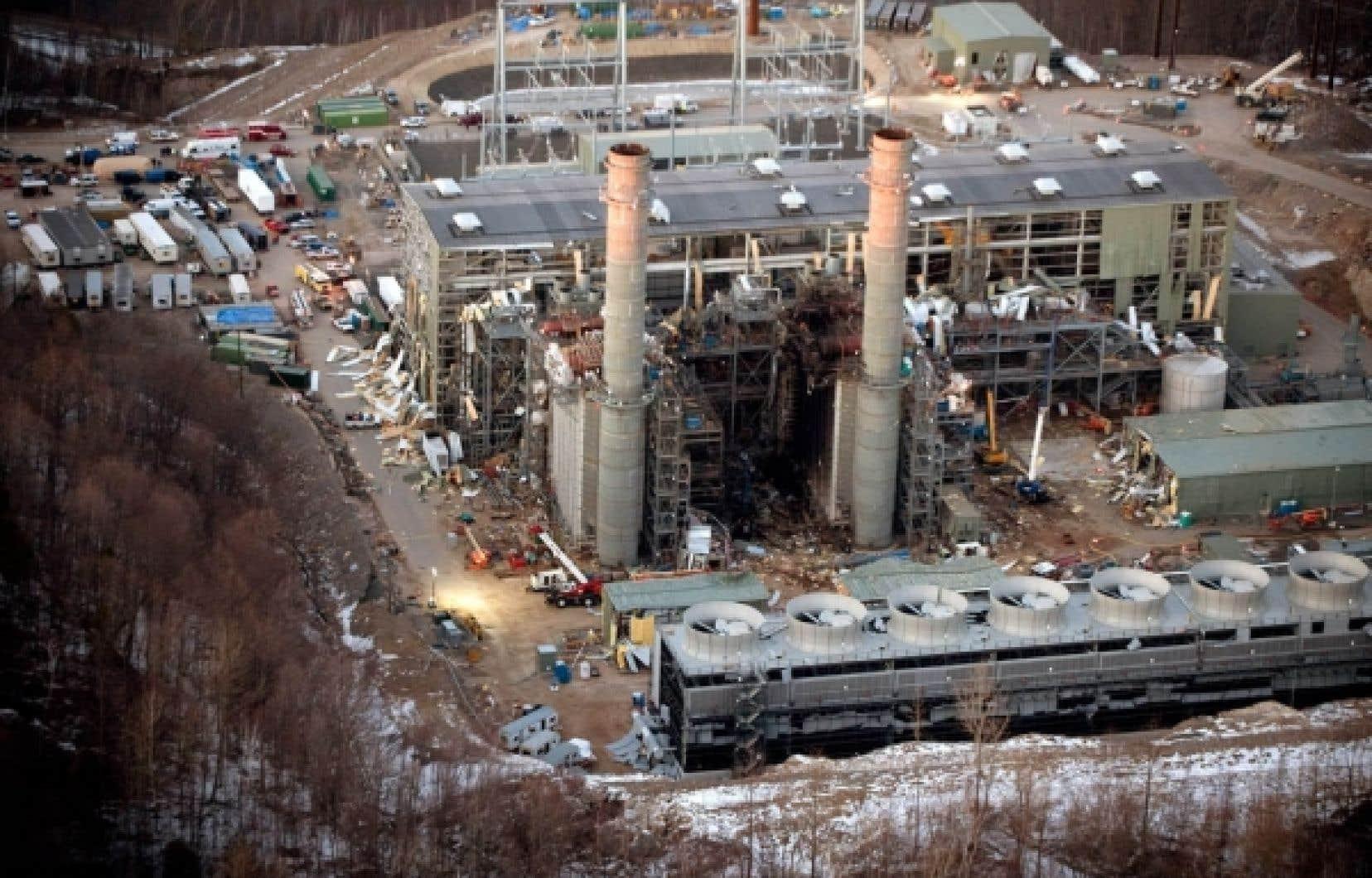 L'installation qui a explosé est une centrale électrique alimentée au gaz, d'une puissance de 620 mégawatts, qui devait entrer en service prochainement.
