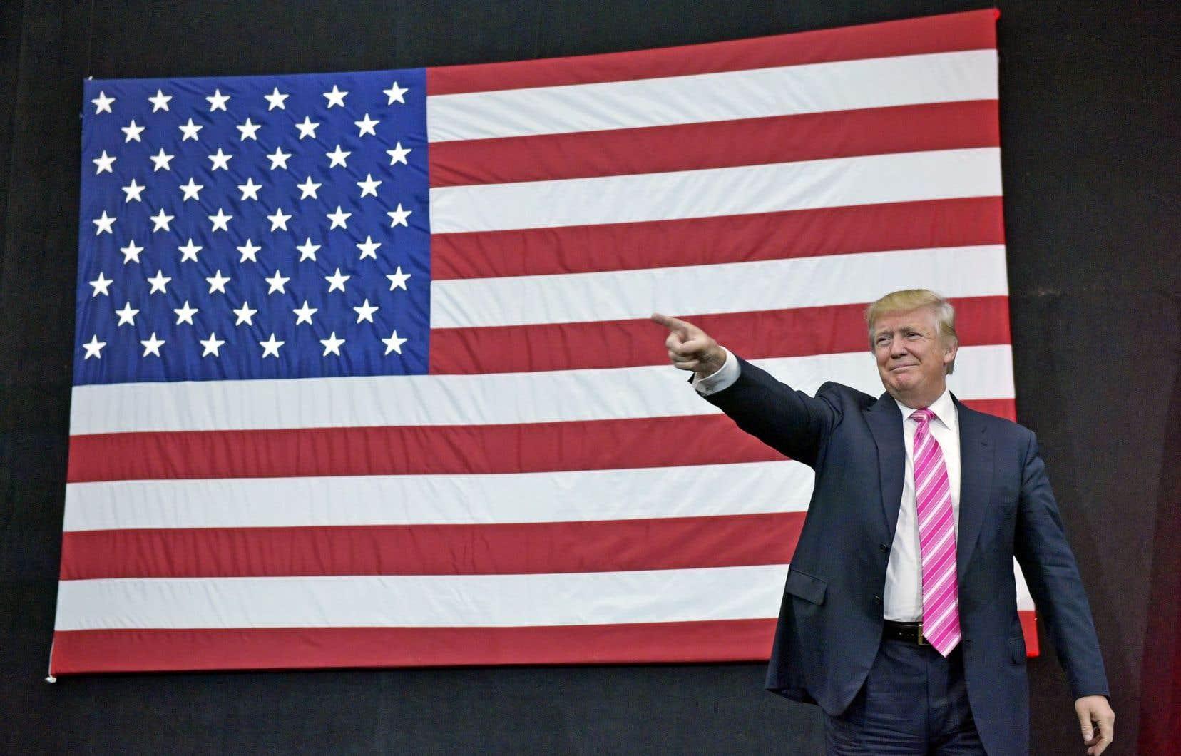Le candidat républicain à la présidence, Donald Trump, n'a pas nié l'authenticité des documents obtenus par le «New York Times», qui montreraient qu'il n'a payé aucun impôt fédéral de1995 à2013. Sa campagne a fait valoir qu'il fallait y voir, une fois de plus, un exemple de son talent inné en affaires.