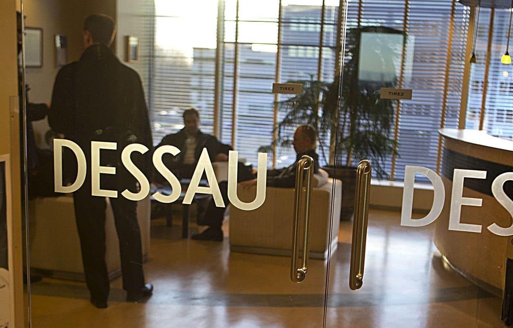 La décision de l'Ordre des ingénieurs ne nomme pas la personne, l'entreprise ou l'organisme qui a reçu ce pot-de-vin de la part de l'ancien vice-président de Dessau.