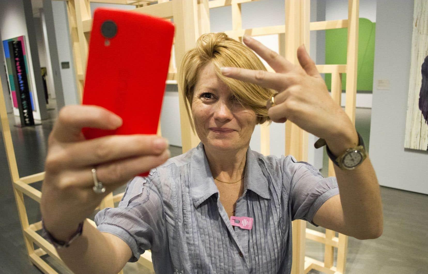 Le détenteur d'une Mastercard pourra valider un paiement sur son mobile «en utilisant le scanneur d'empreintes digitales de son téléphone intelligent ou la technologie de reconnaissance faciale par égoportrait».