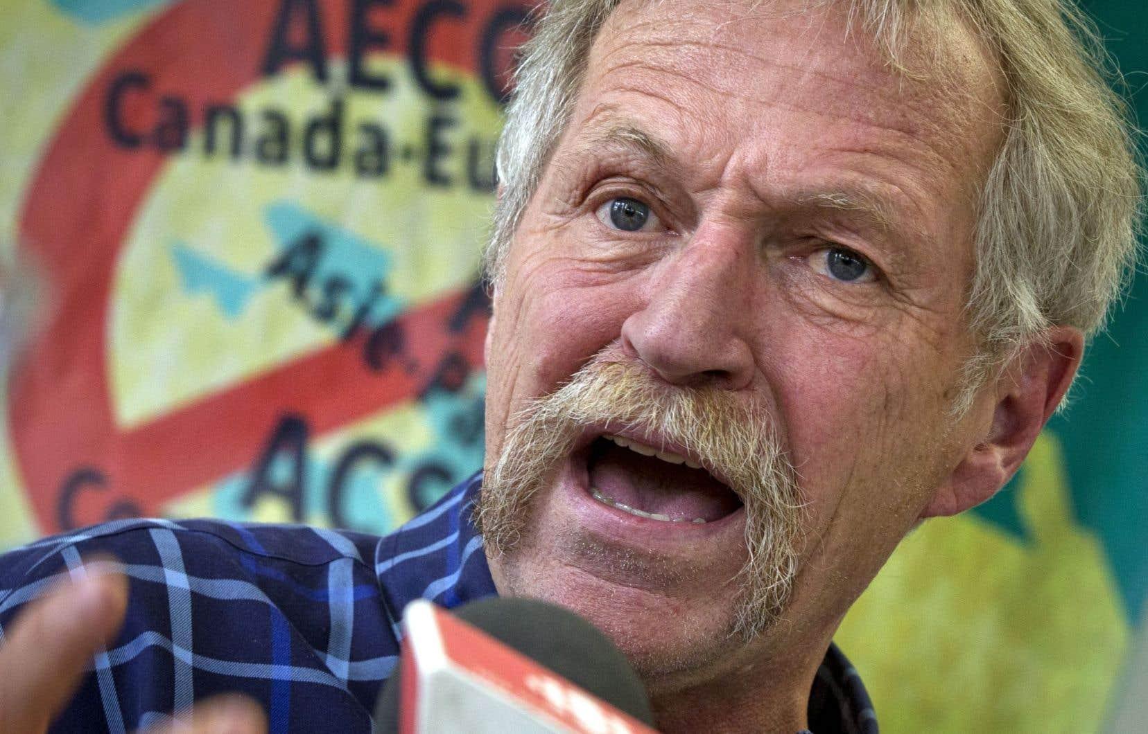 José Bové était venu au Canada pour participer à des événements visant à dénoncer l'accord de libre-échange conclu entre le Canada et l'Union européenne.